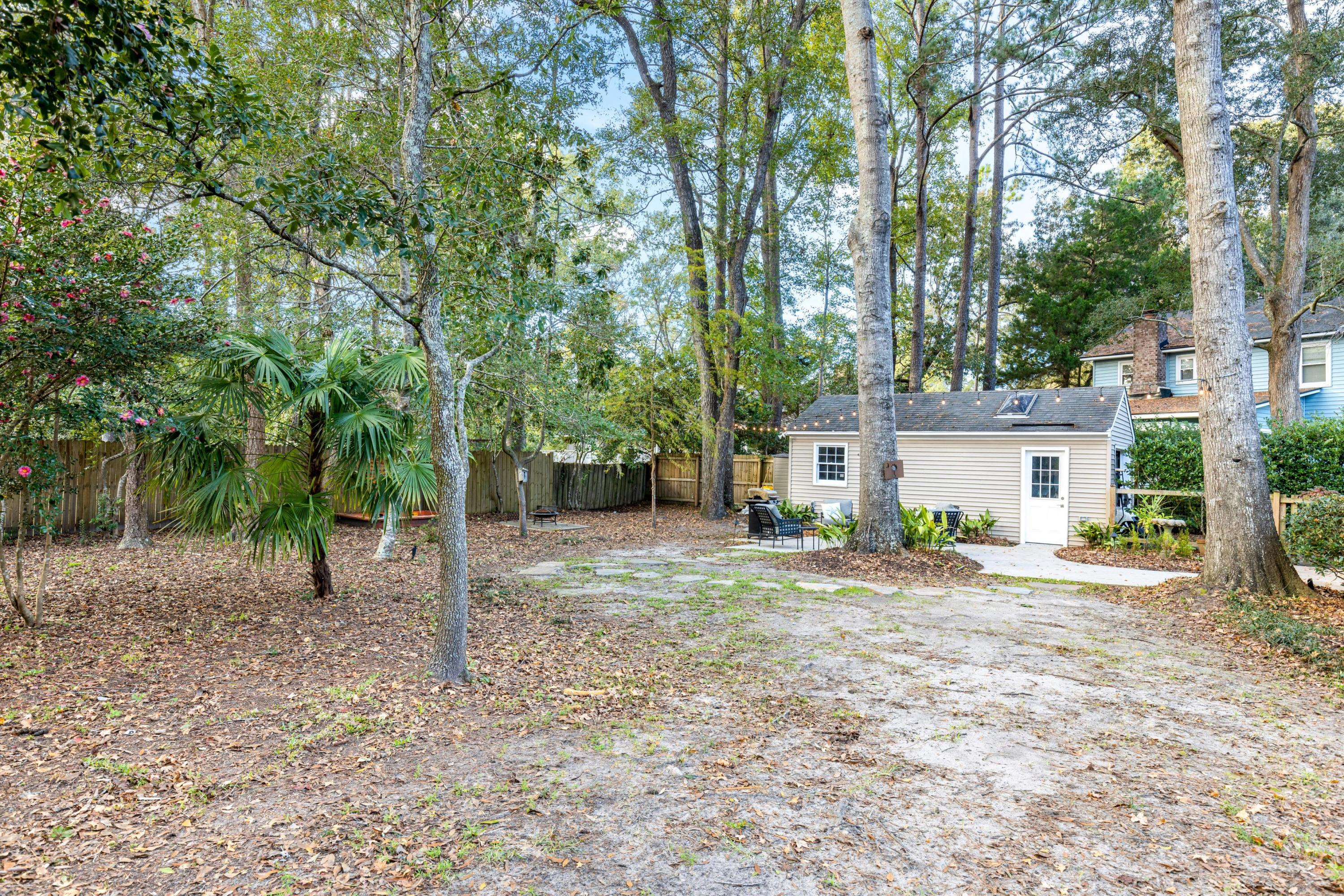 1052 Royalist Road Mount Pleasant, SC 29464