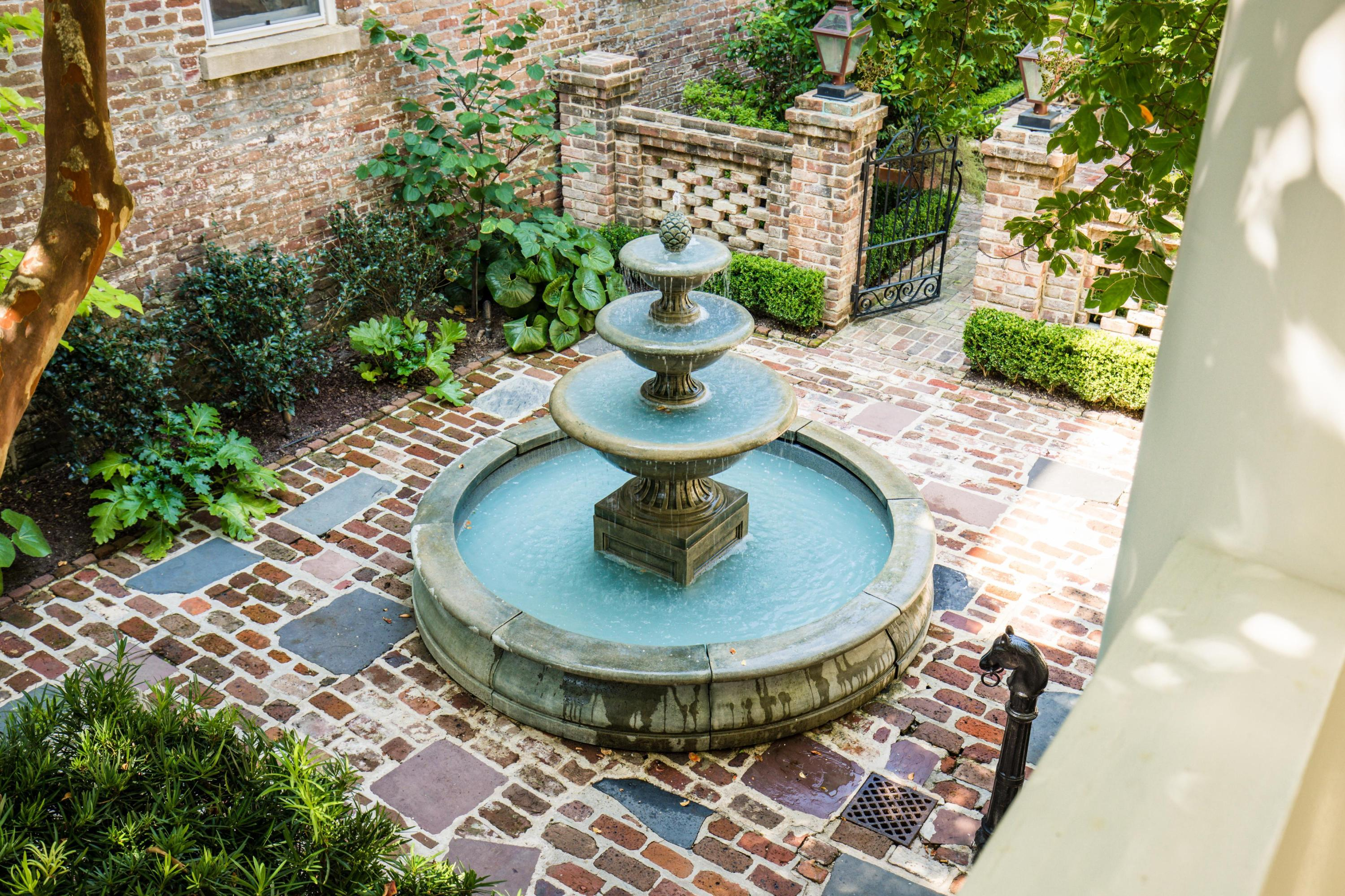 South of Broad Homes For Sale - 11 Church, Charleston, SC - 9