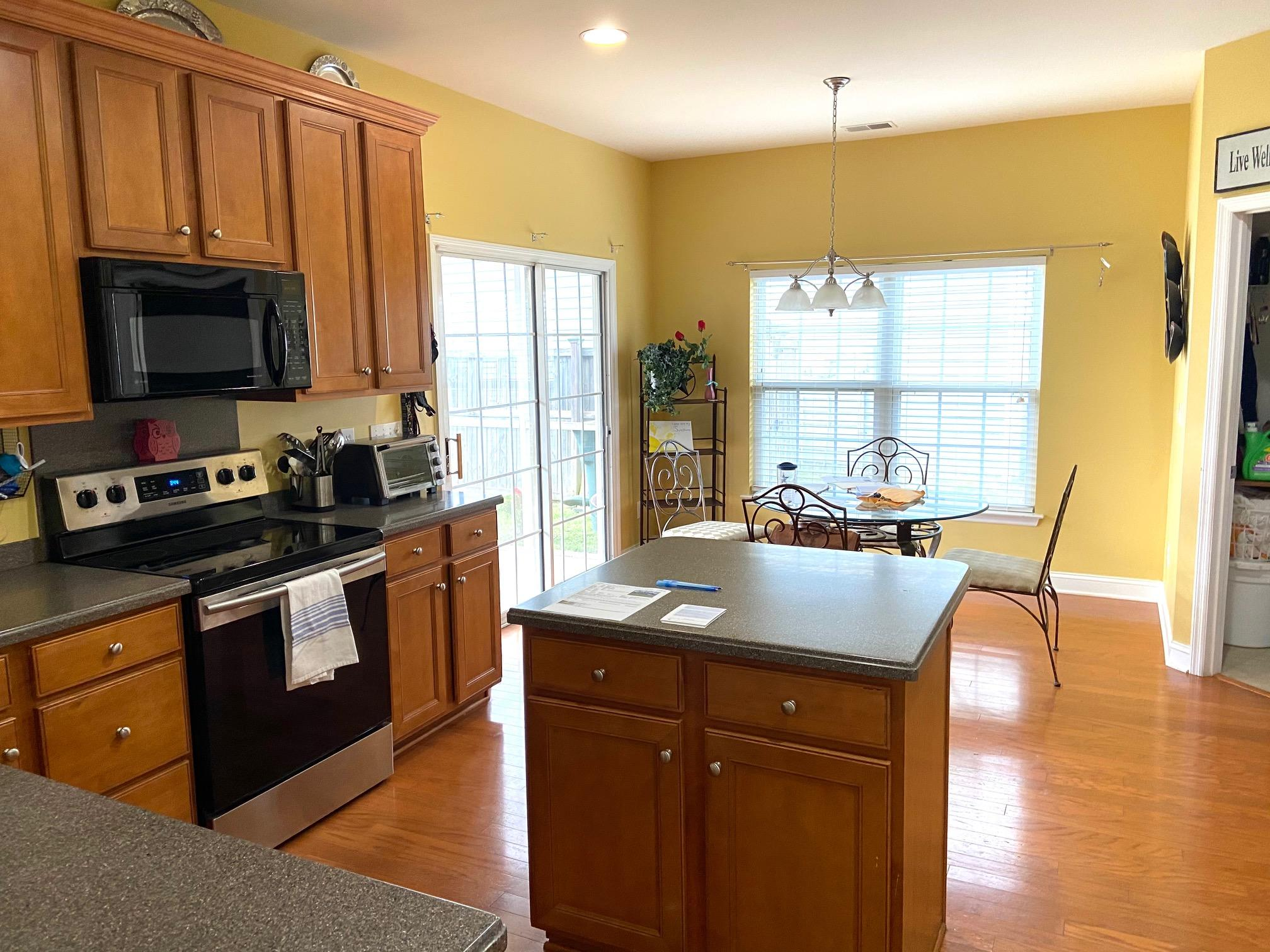 7332 Brown Thrasher Court Hanahan, SC 29410
