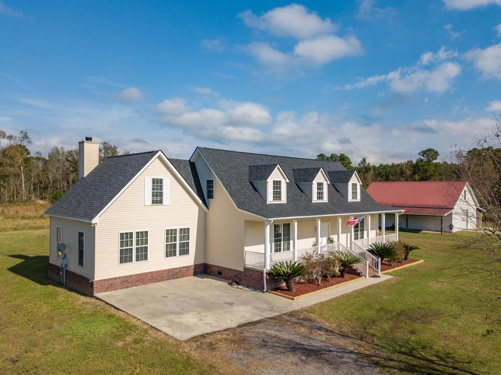 304 Harvey Farm Lane Summerville, SC 29486