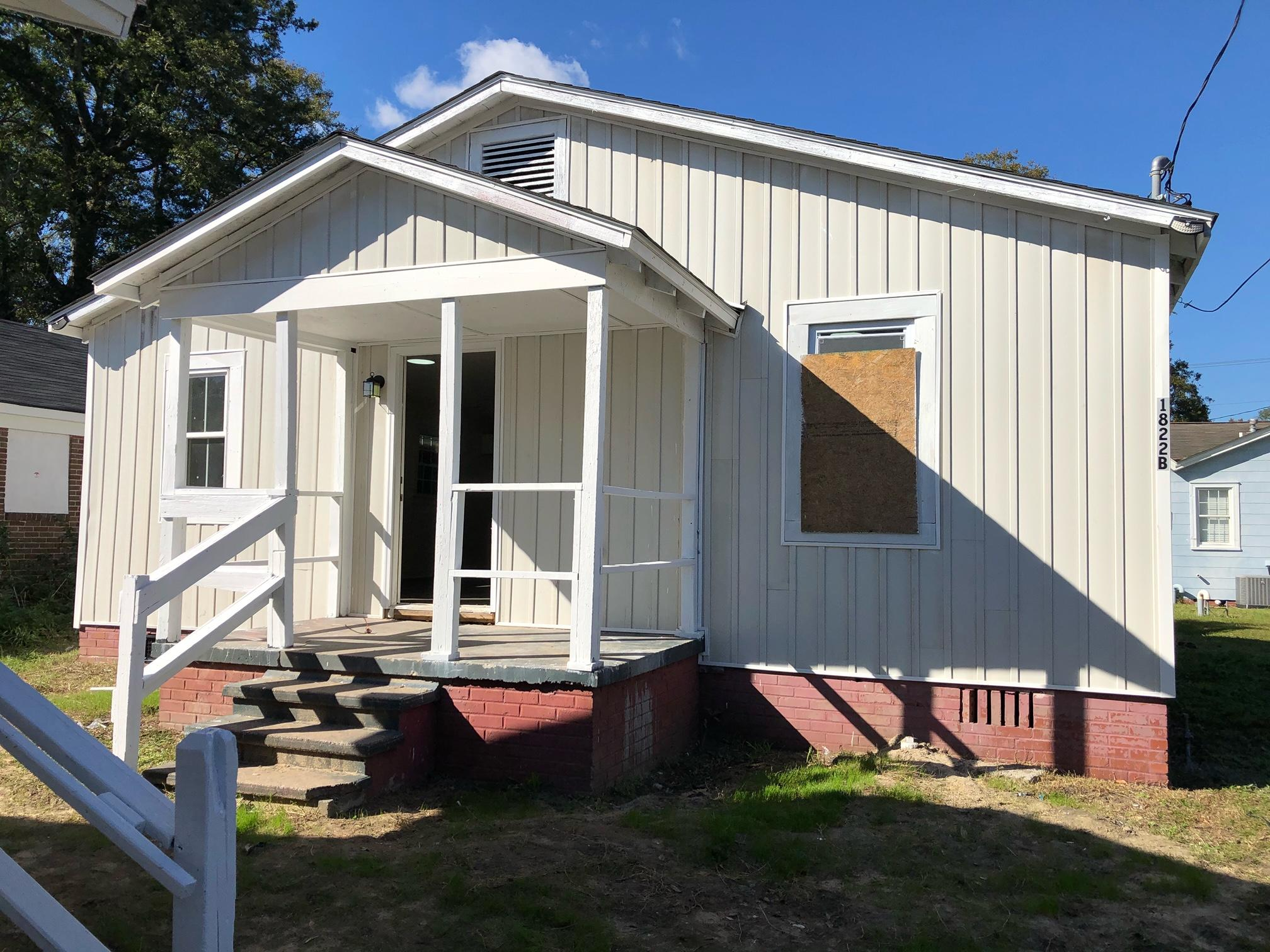 1822 Carlton Street North Charleston, SC 29405