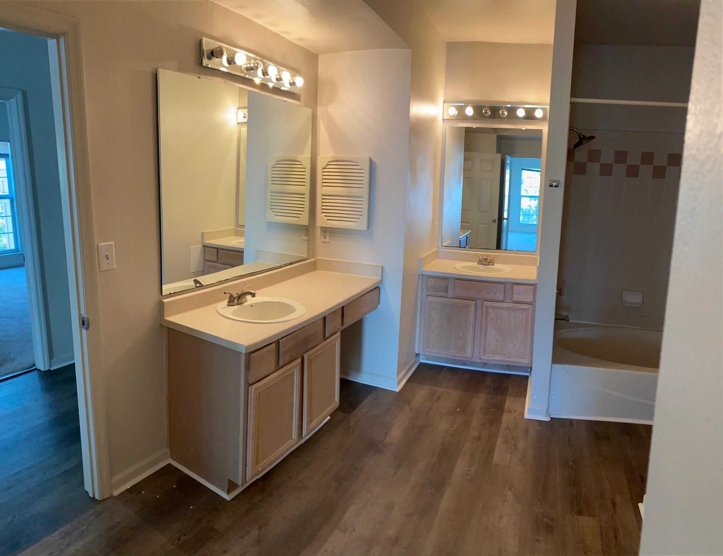 Peninsula Homes For Sale - 700 Daniel Ellis, Charleston, SC - 8