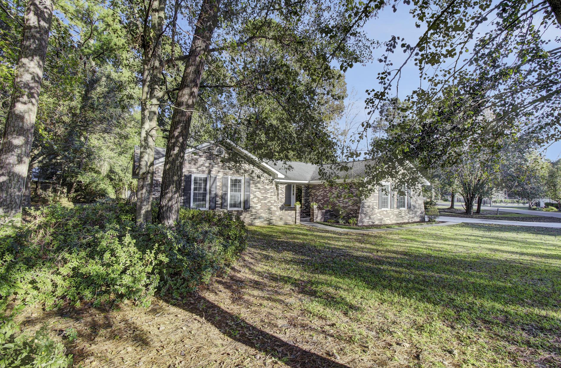 225 Pointer Drive Summerville, SC 29485