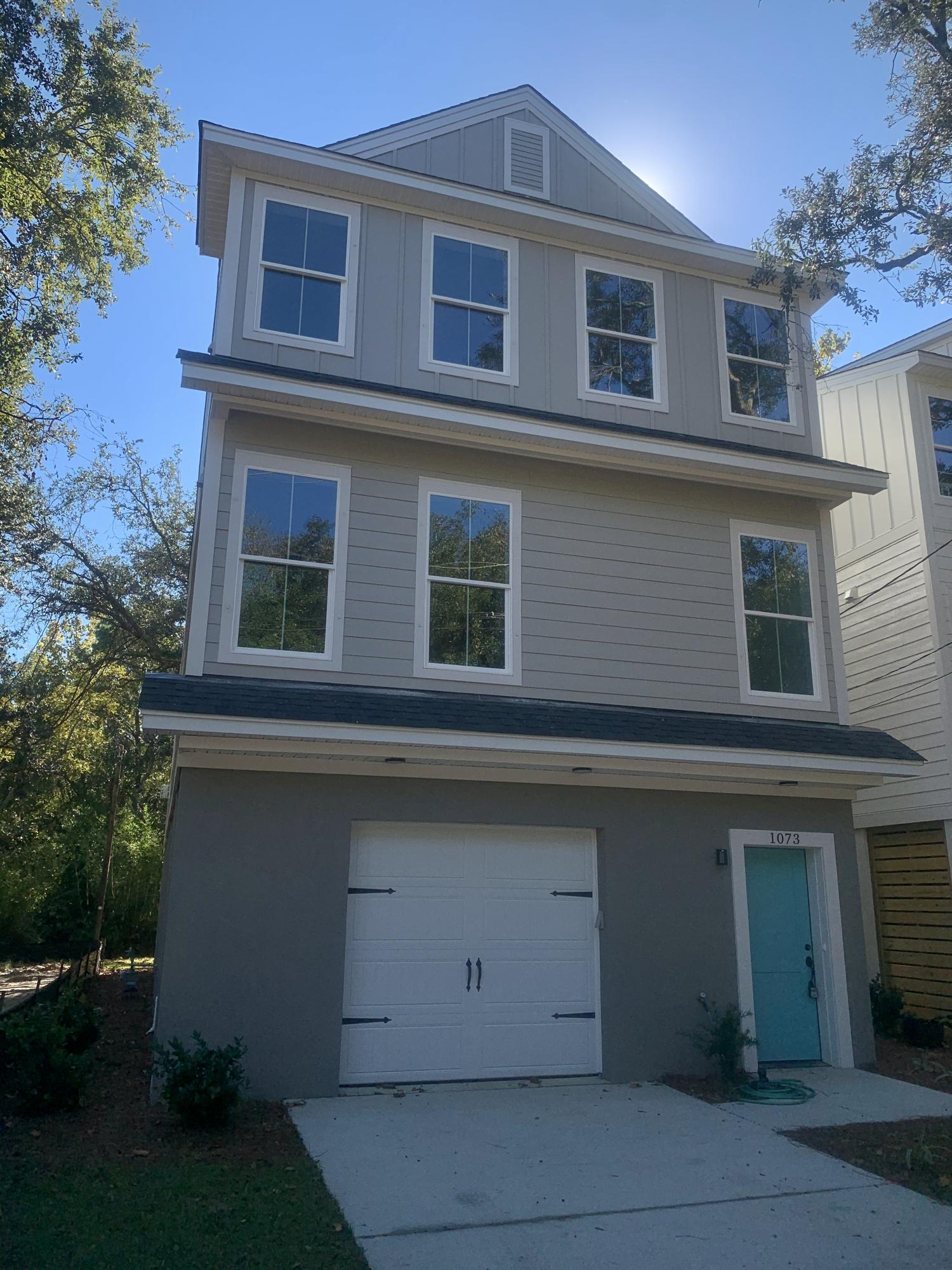 1073 Bexley Street North Charleston, SC 29405