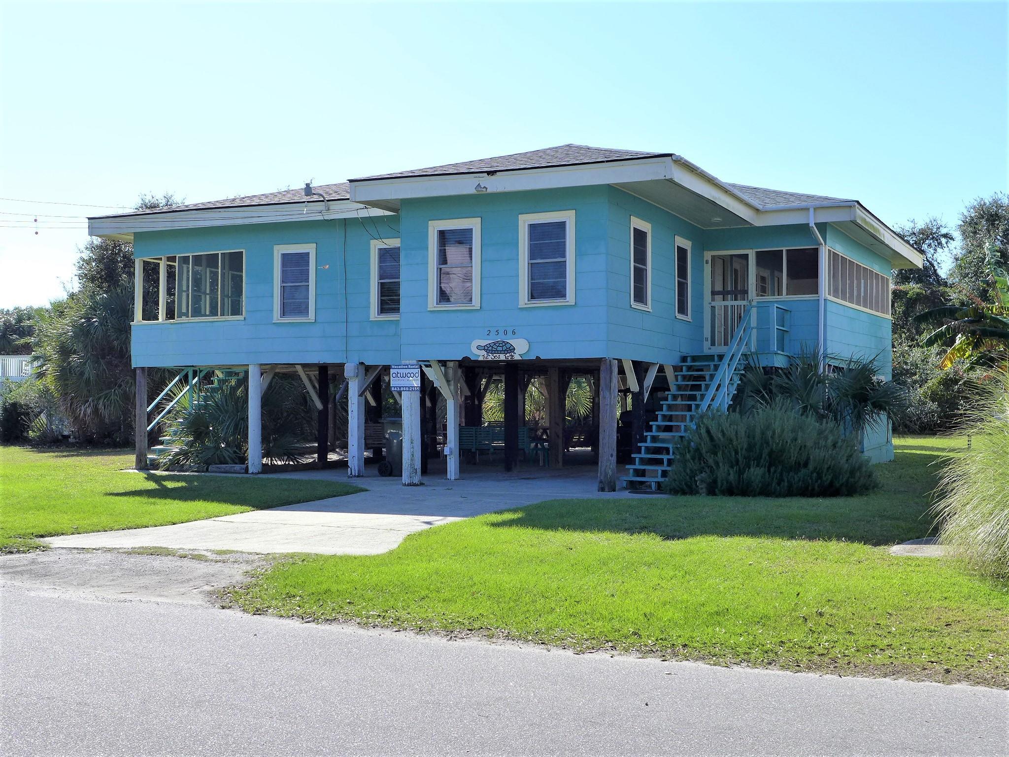 2506 Holmes Street Edisto Island, SC 29438