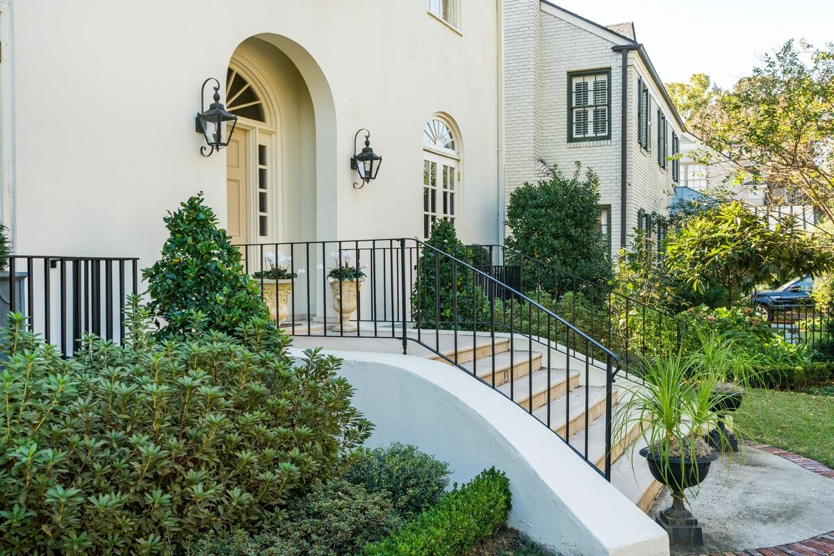 South of Broad Homes For Sale - 83 South Battery, Charleston, SC - 7