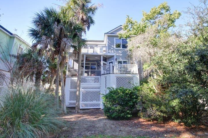 Wild Dunes Homes For Sale - 40 Grand Pavilion, Isle of Palms, SC - 2