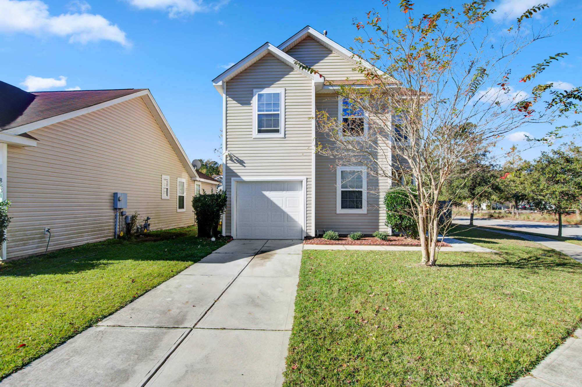 8835 Shadowglen Drive North Charleston, SC 29420
