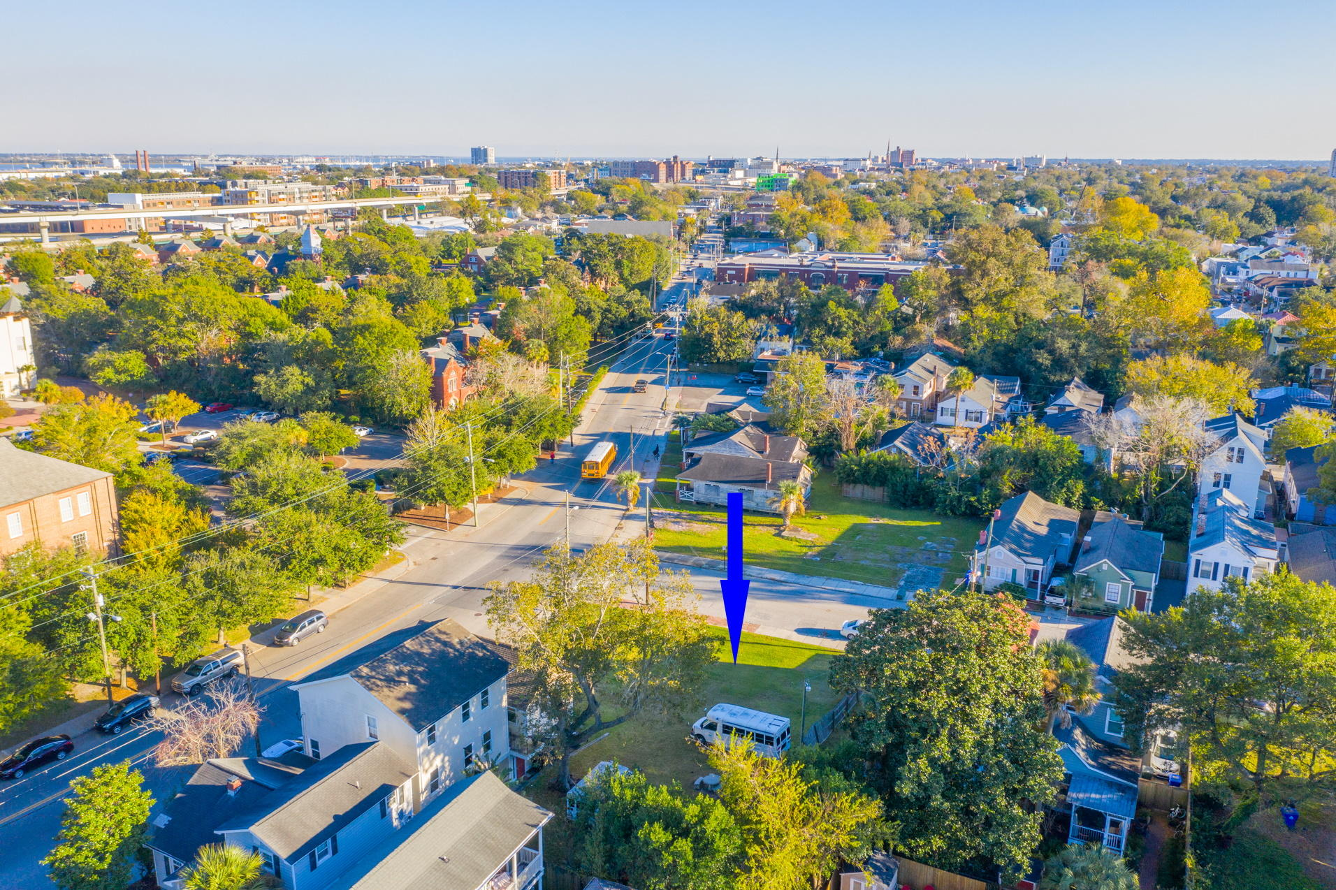 975 King Street Charleston, SC 29403