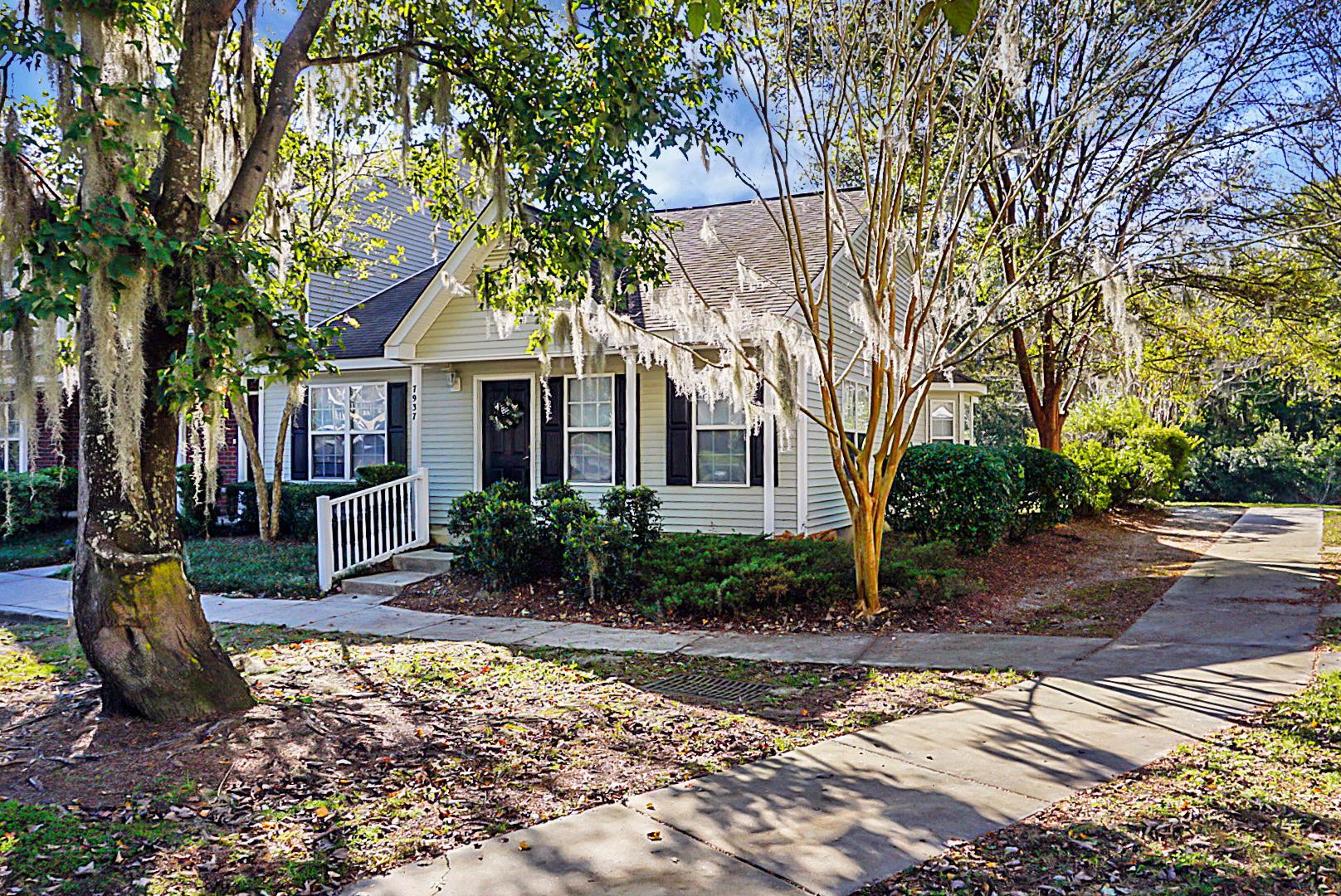 7937 Shadow Oak Drive North Charleston, Sc 29406