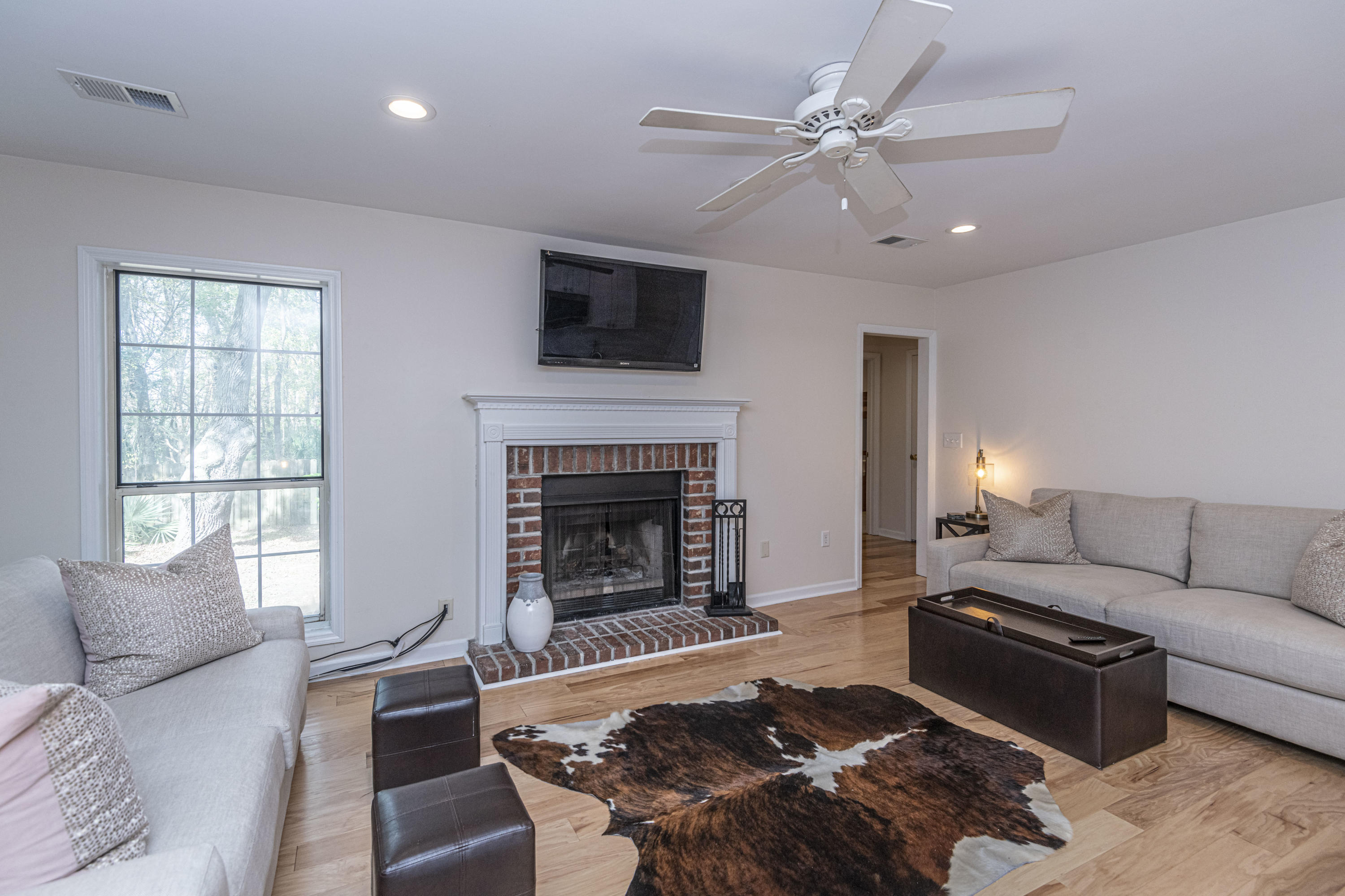Coopers Pointe Homes For Sale - 1582 Hatteras Sound, Mount Pleasant, SC - 3