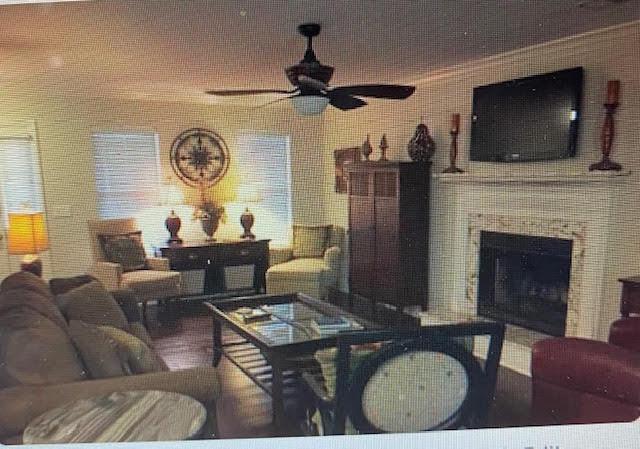 1251 Center Lake Drive Mount Pleasant, SC 29464