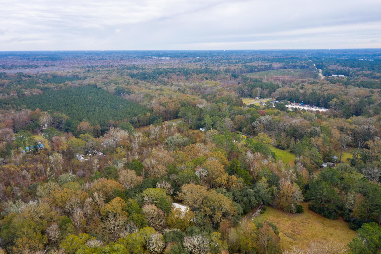 138 Water Oak Drive Ridgeville, SC 29472