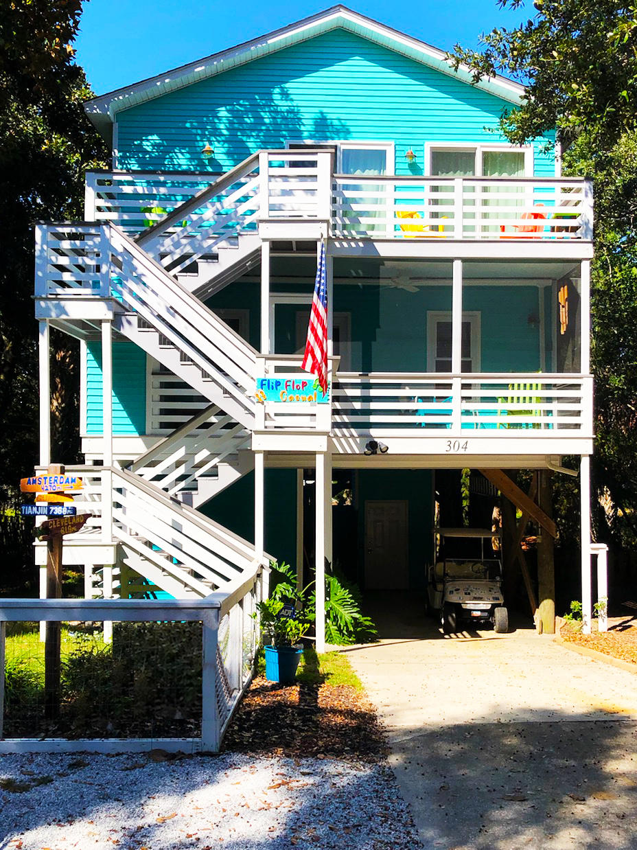 304 W Cooper Avenue Folly Beach, SC 29439