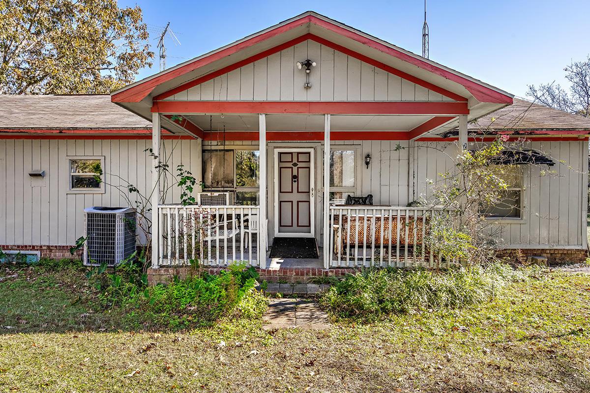 2024 S Live Oak Drive Moncks Corner, SC 29461