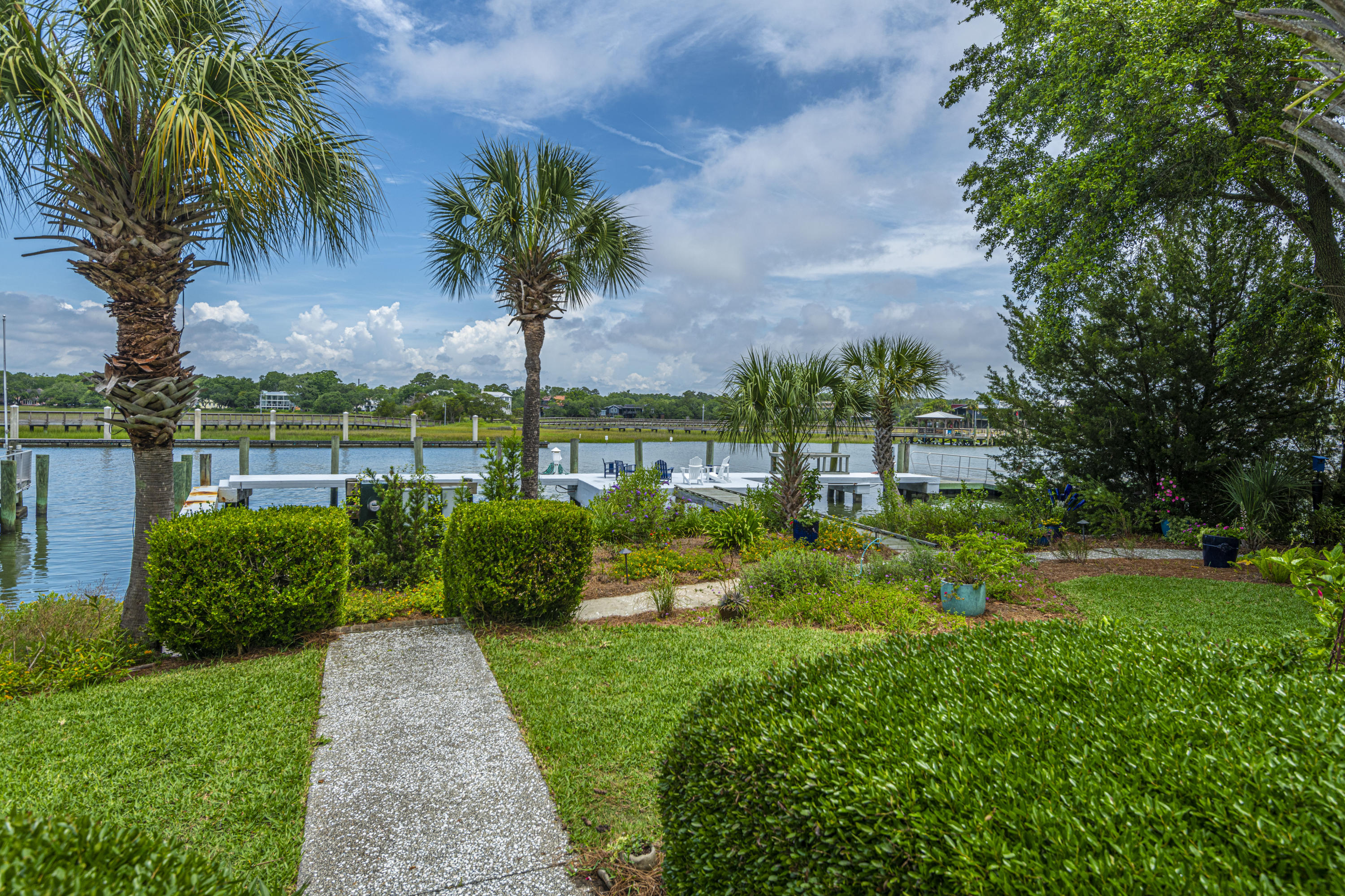 Old Village Homes For Sale - 212 Haddrell, Mount Pleasant, SC - 15