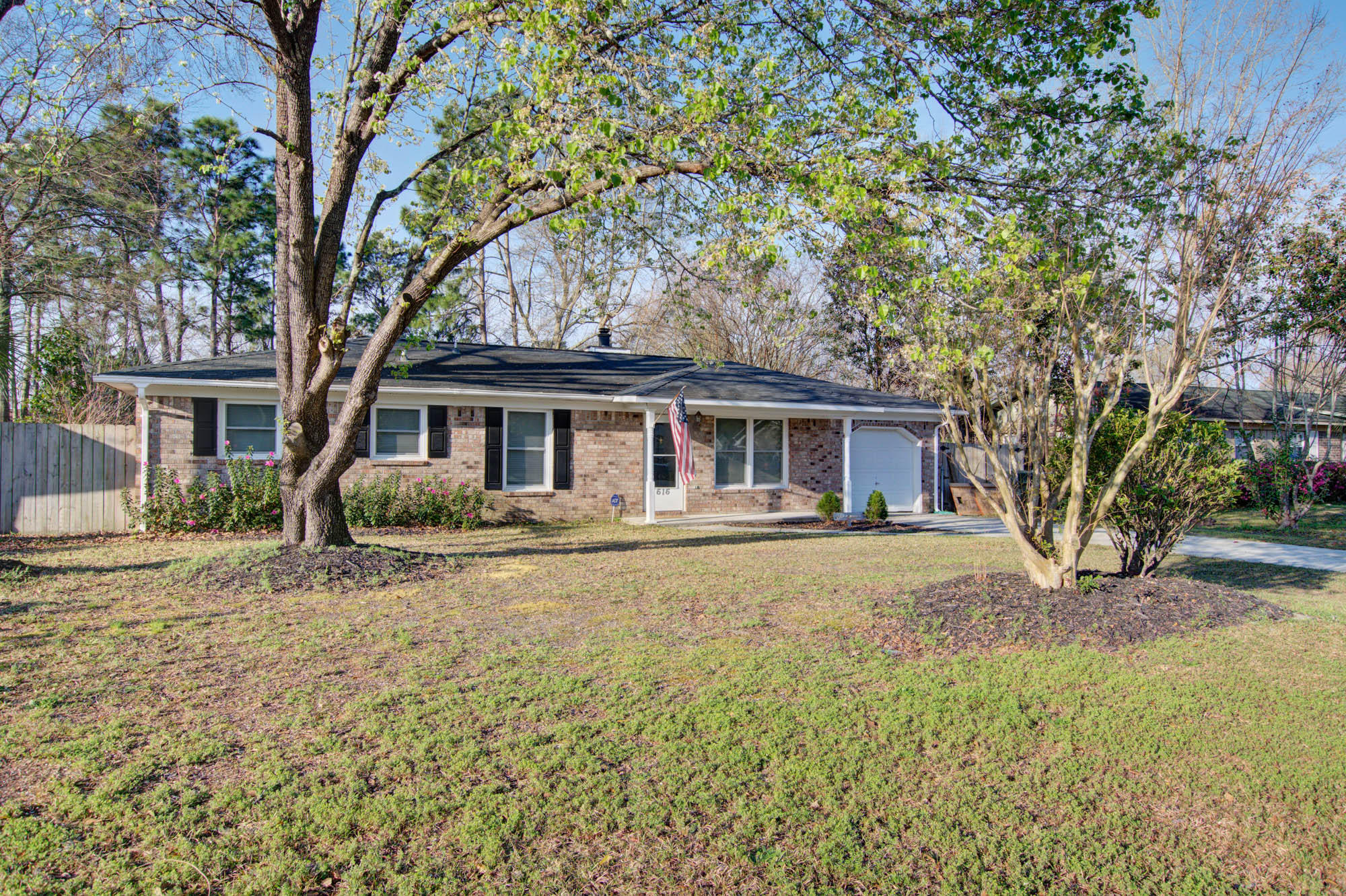 616 Beauregard Road Summerville, SC 29486
