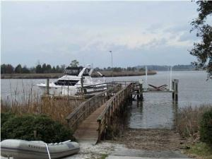 Floating Dock with 12 feet at low tide