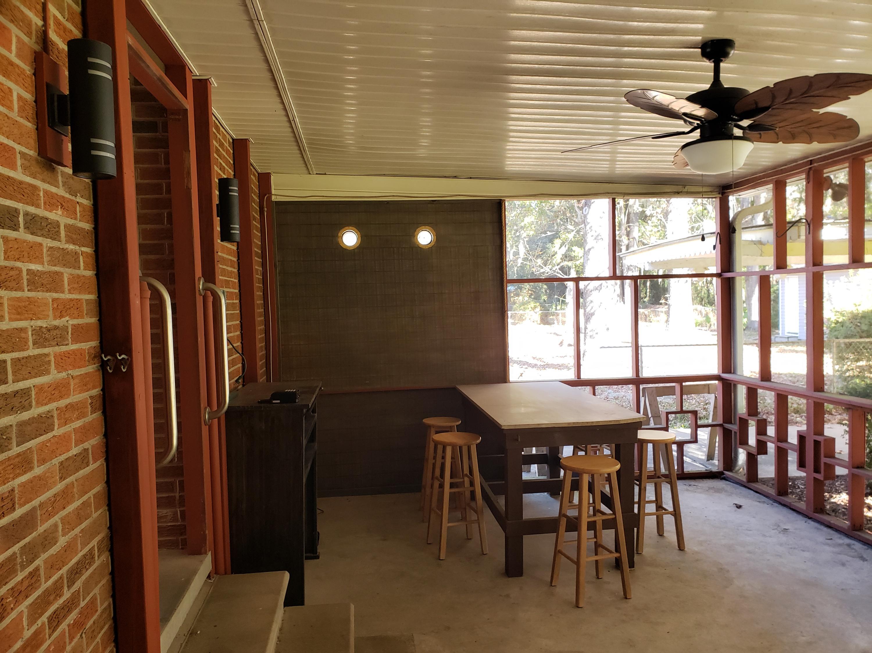 Castlewood Homes For Sale - 834 Savage, Charleston, SC - 4