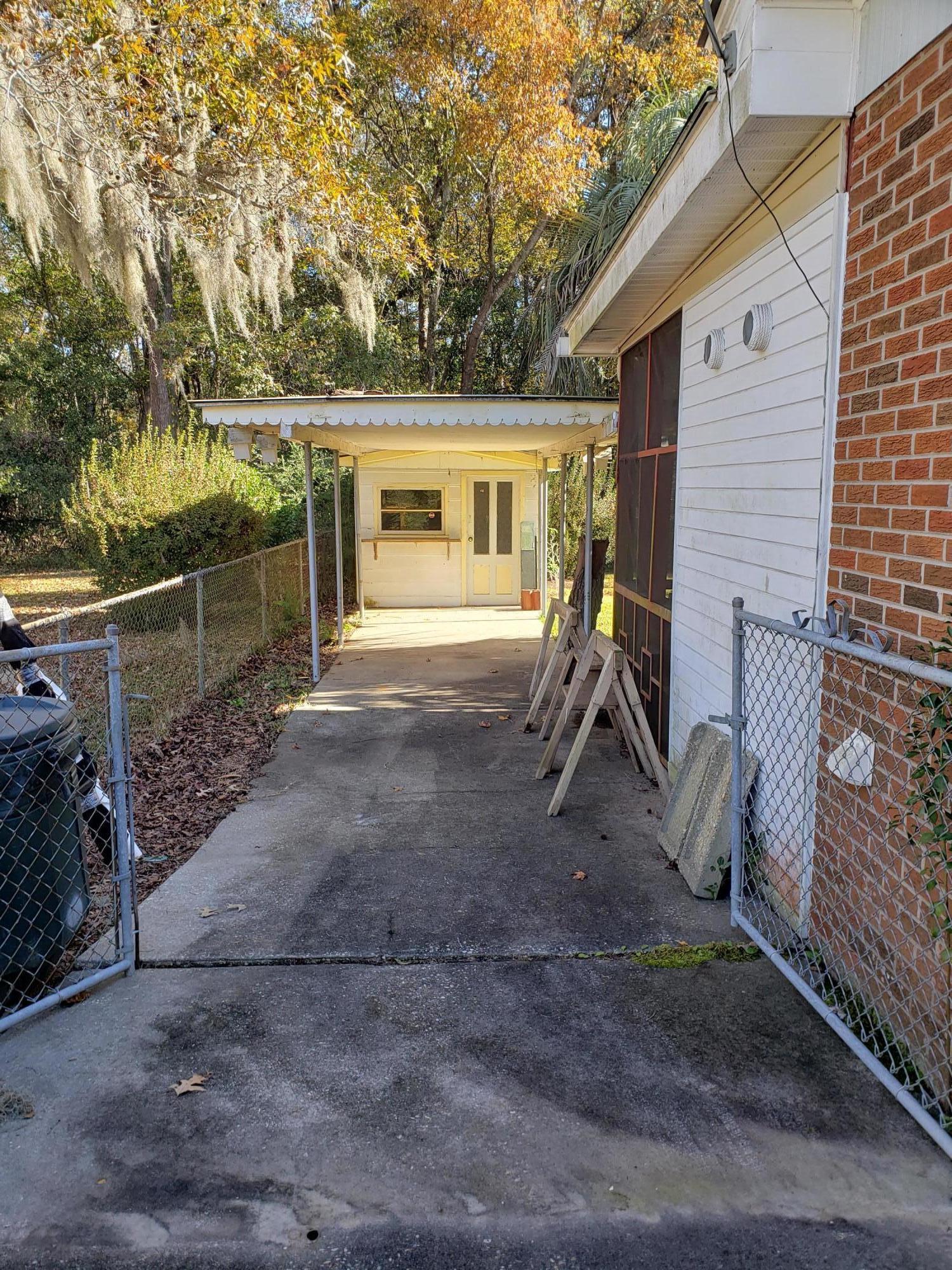 Castlewood Homes For Sale - 834 Savage, Charleston, SC - 20
