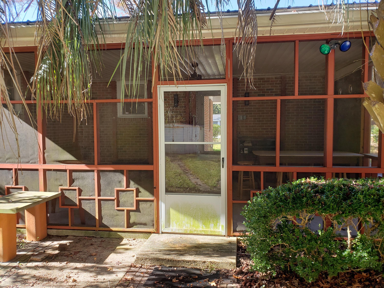 Castlewood Homes For Sale - 834 Savage, Charleston, SC - 5