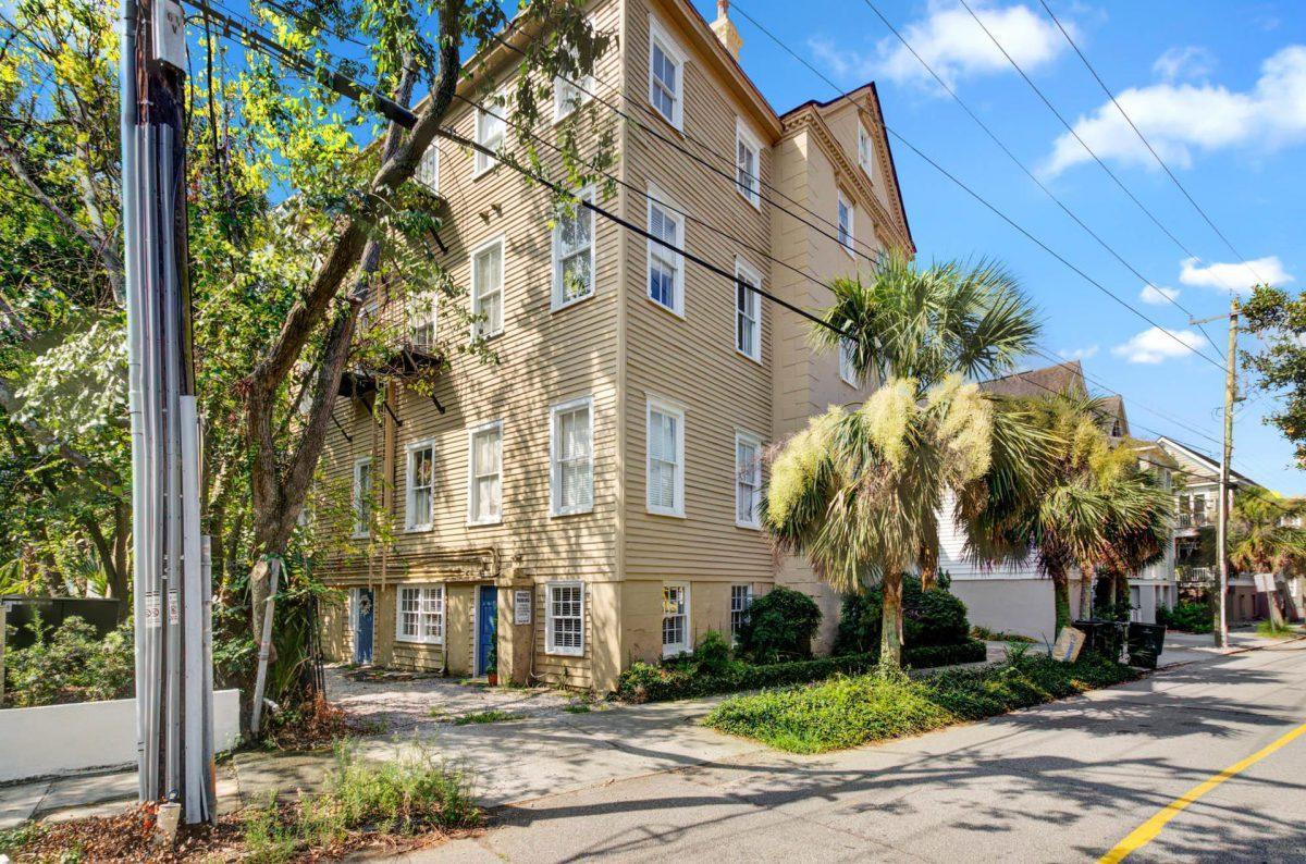 65 Vanderhorst Street UNIT A Charleston, SC 29403