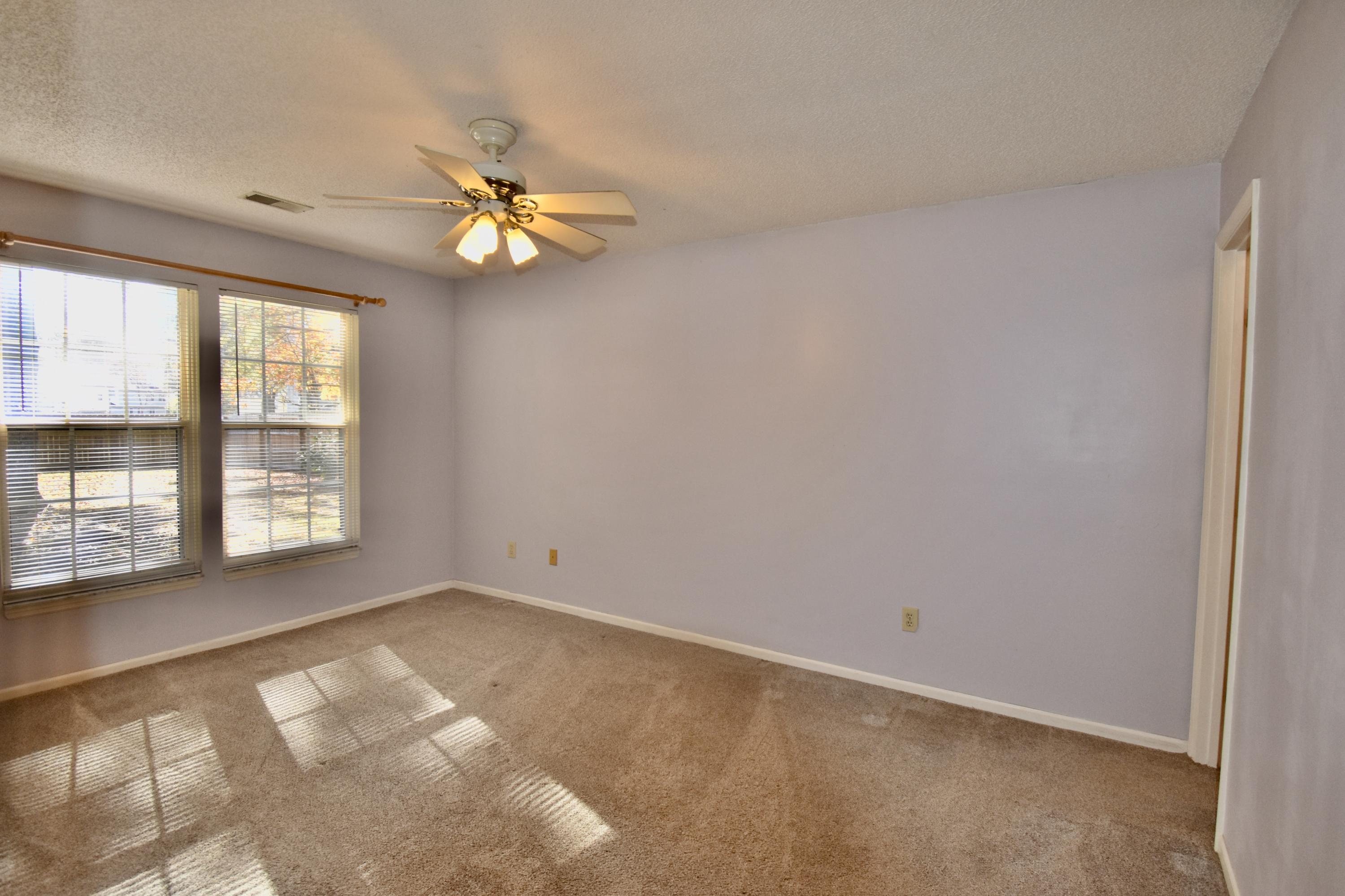 2838 S Moss Oak Lane Charleston, SC 29414