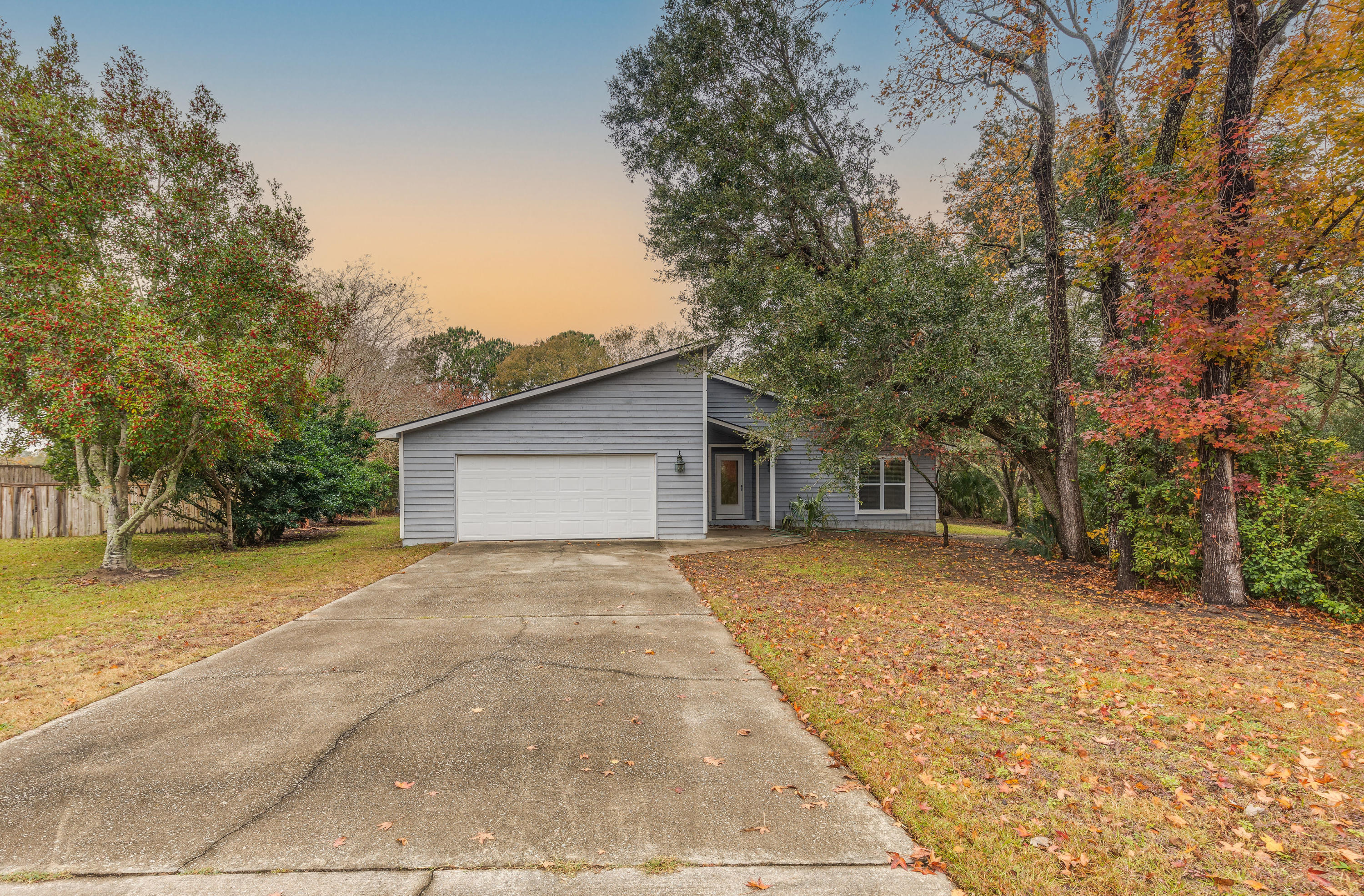 1486 Hidden Bridge Drive Mount Pleasant, Sc 29464