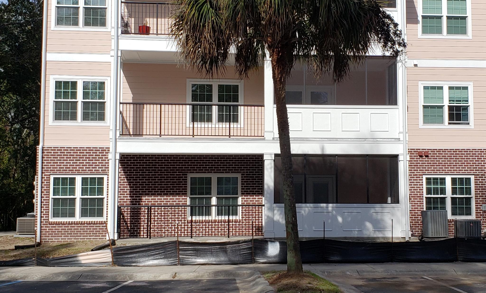 1025 Riverland Woods Place UNIT #207 Charleston, Sc 29412