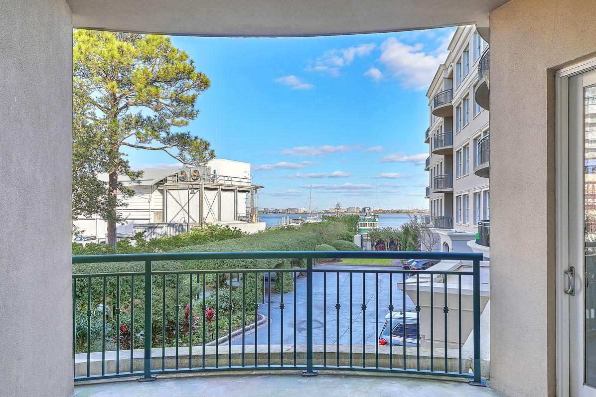 2 Wharfside Street UNIT 2-D Charleston, SC 29401
