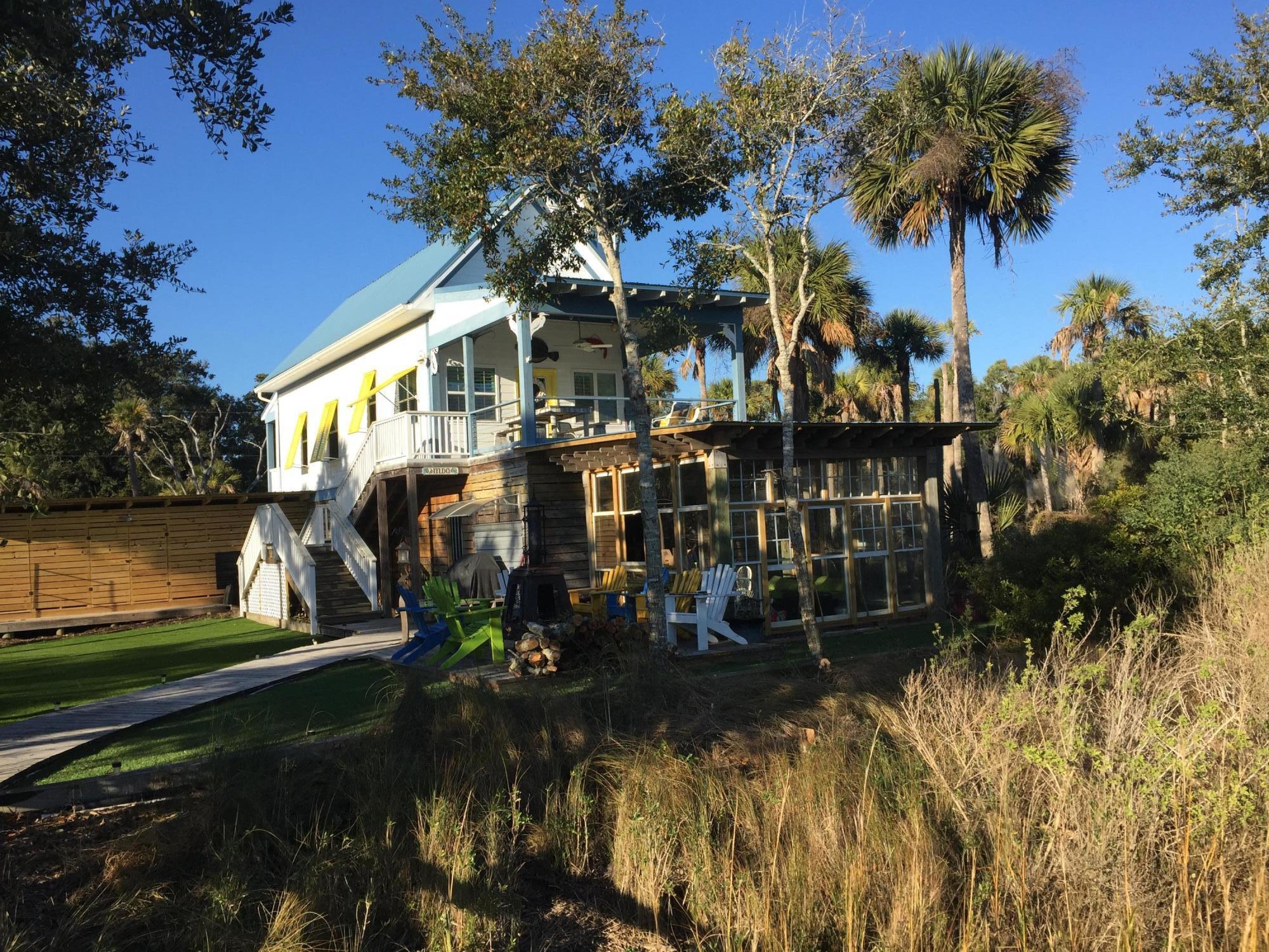 3813 Buccaneer Road Isle Of Palms, SC 29451