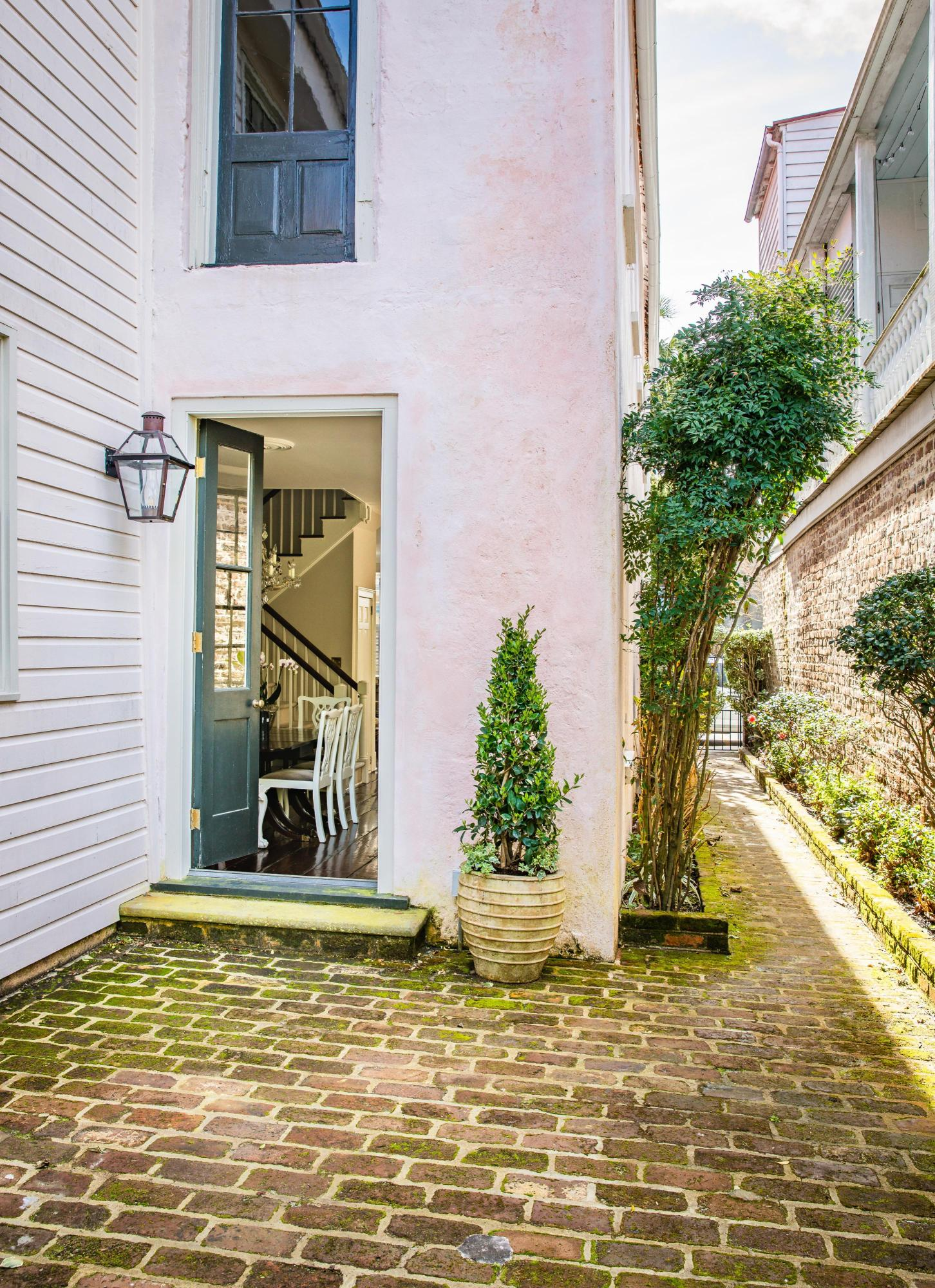French Quarter Homes For Sale - 14 Queen, Charleston, SC - 15