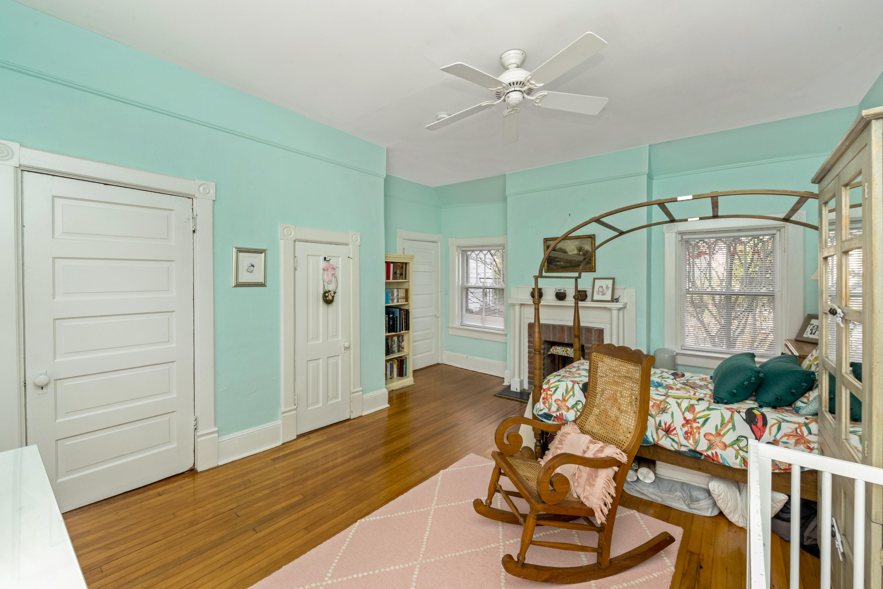 South of Broad Homes For Sale - 4 Weims, Charleston, SC - 9