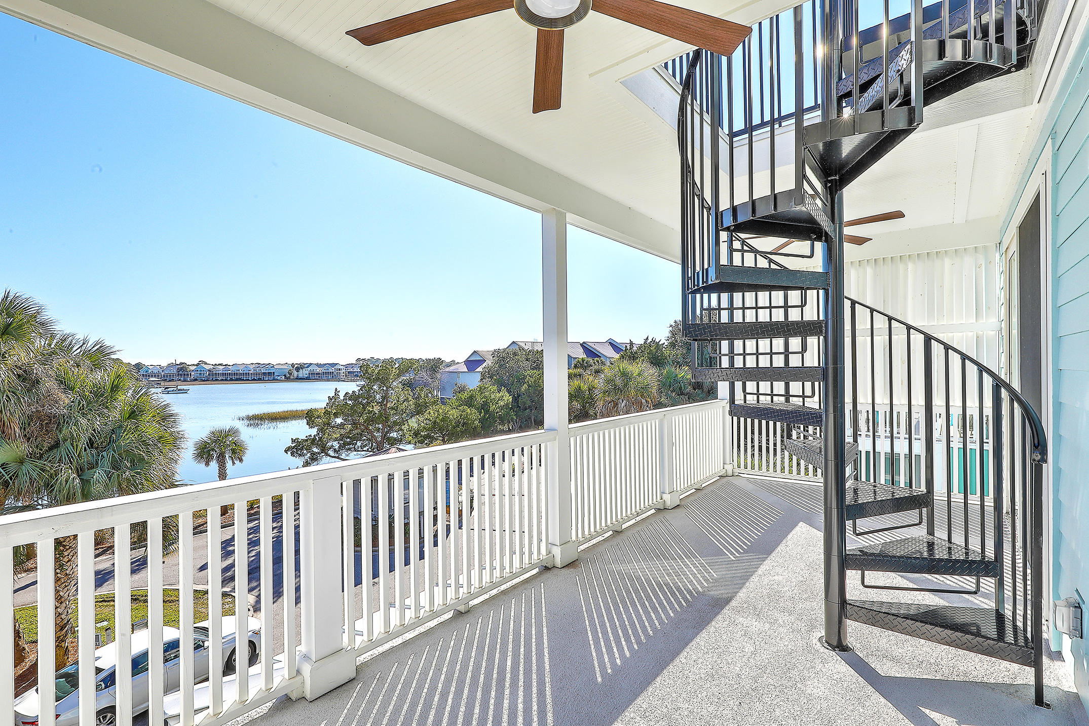 Mariners Cay Homes For Sale - 1002 Mariners Cay, Folly Beach, SC - 17
