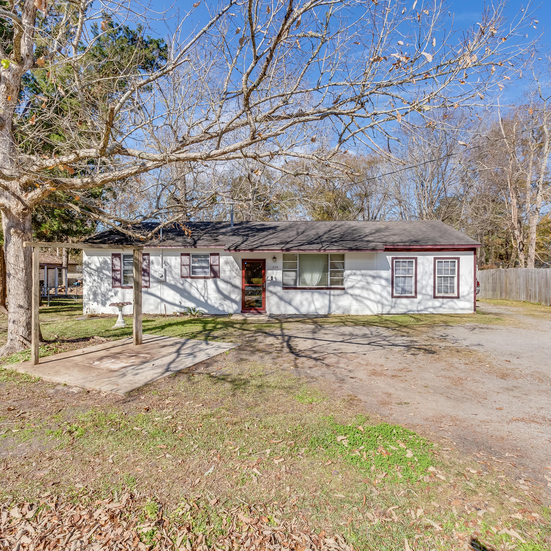 228 Laurel Avenue Goose Creek, SC 29445