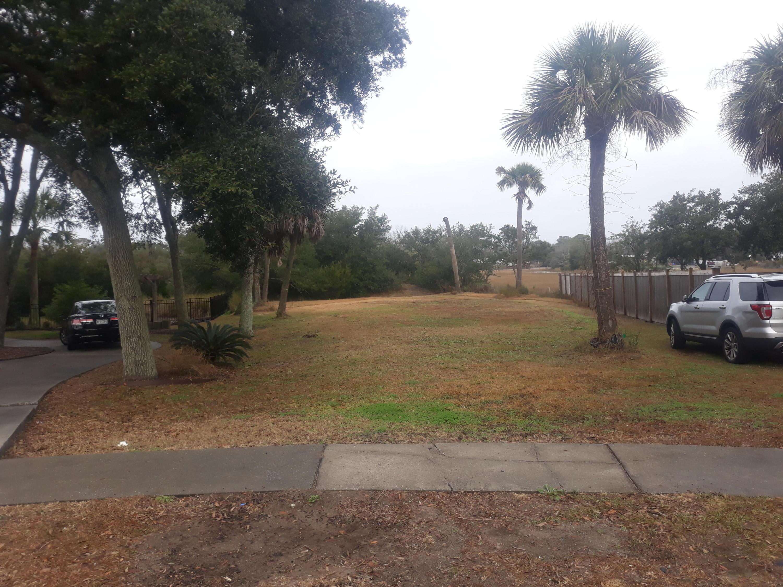 2104 Club View Court Charleston, SC 29412