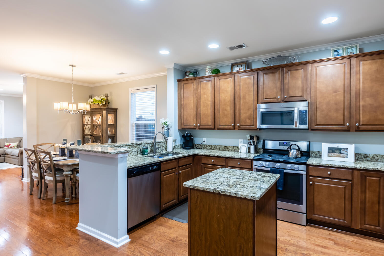 The Enclave at Gregorie Ferry Homes For Sale - 1326 Merchant, Mount Pleasant, SC - 3