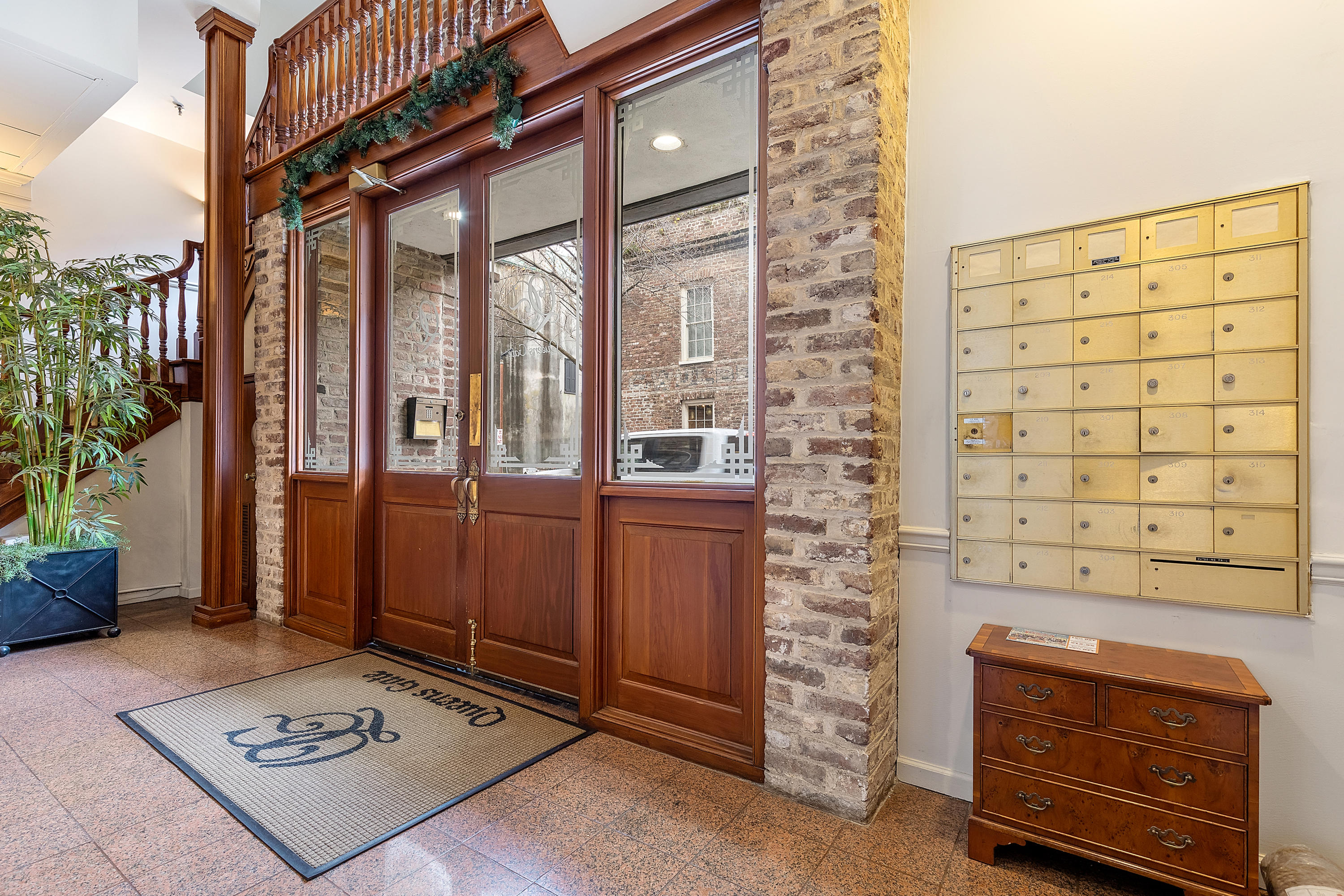 French Quarter Homes For Sale - 3 Queen, Charleston, SC - 19