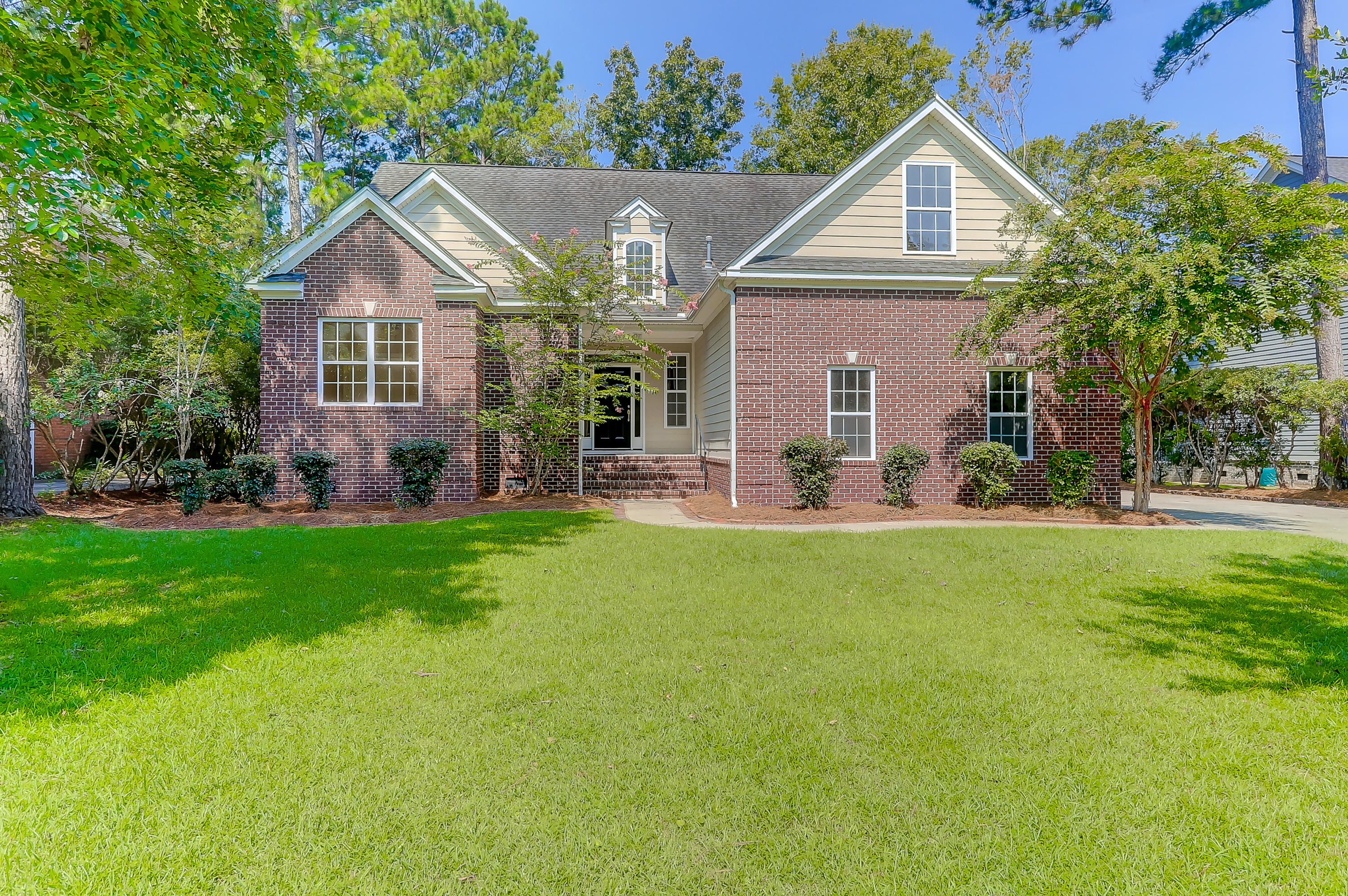 8847 E Fairway Woods Drive North Charleston, SC 29420