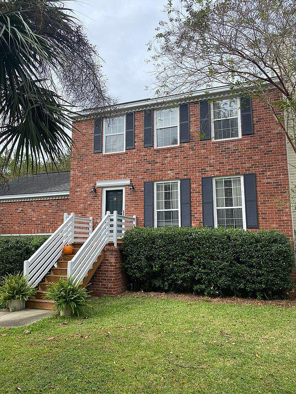 351 Kingston Lane Mount Pleasant, SC 29464