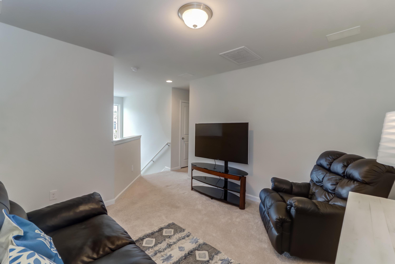 2571 Kingsfield Street Mount Pleasant, SC 29466
