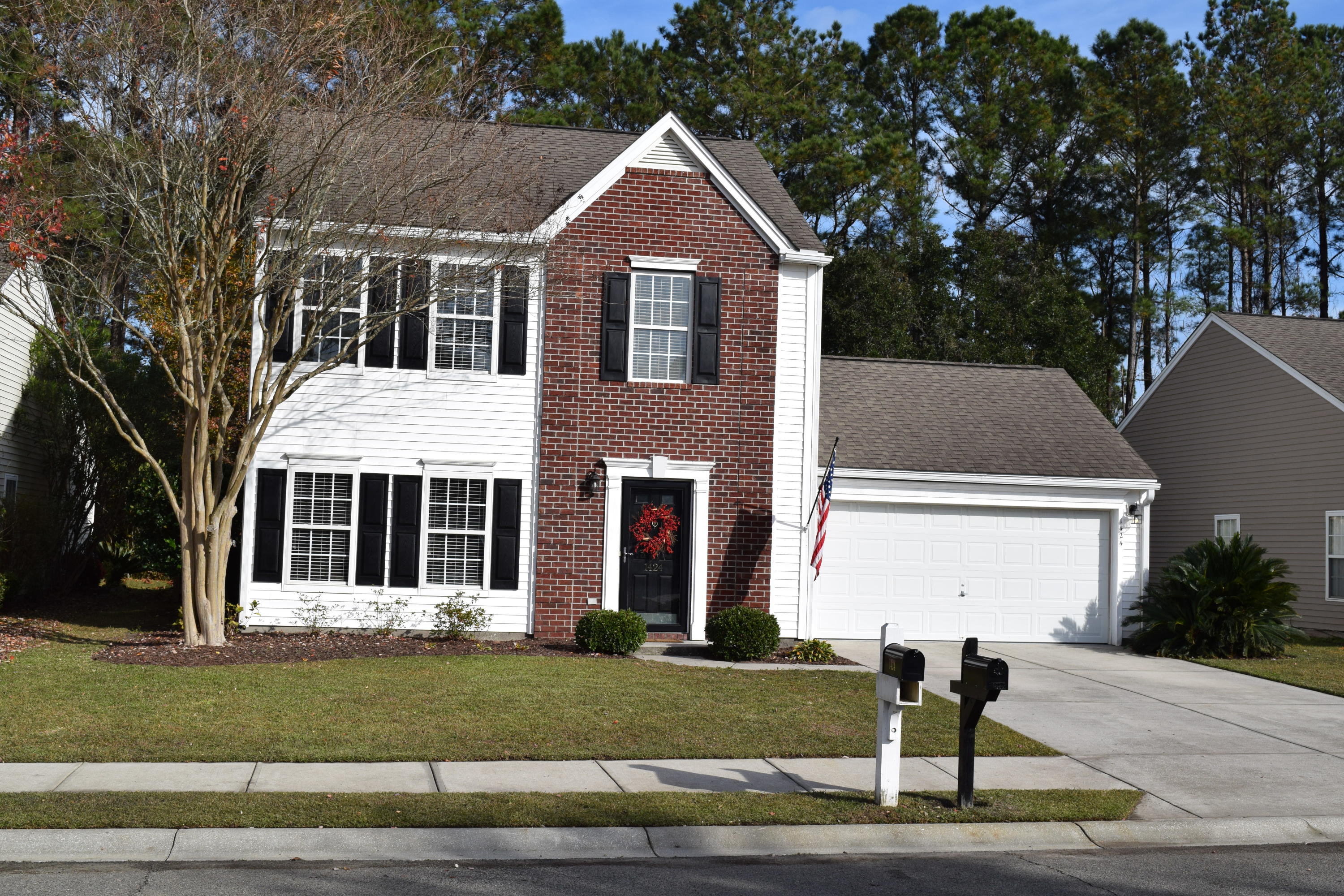 1424 Water Edge Drive Charleston, Sc 29492
