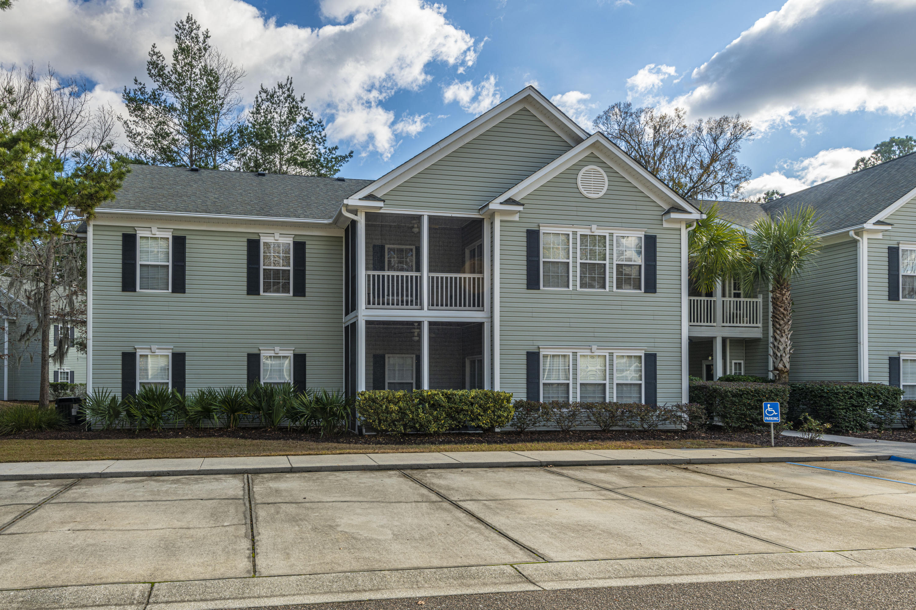 1605 Whitby Lane Charleston, SC 29414