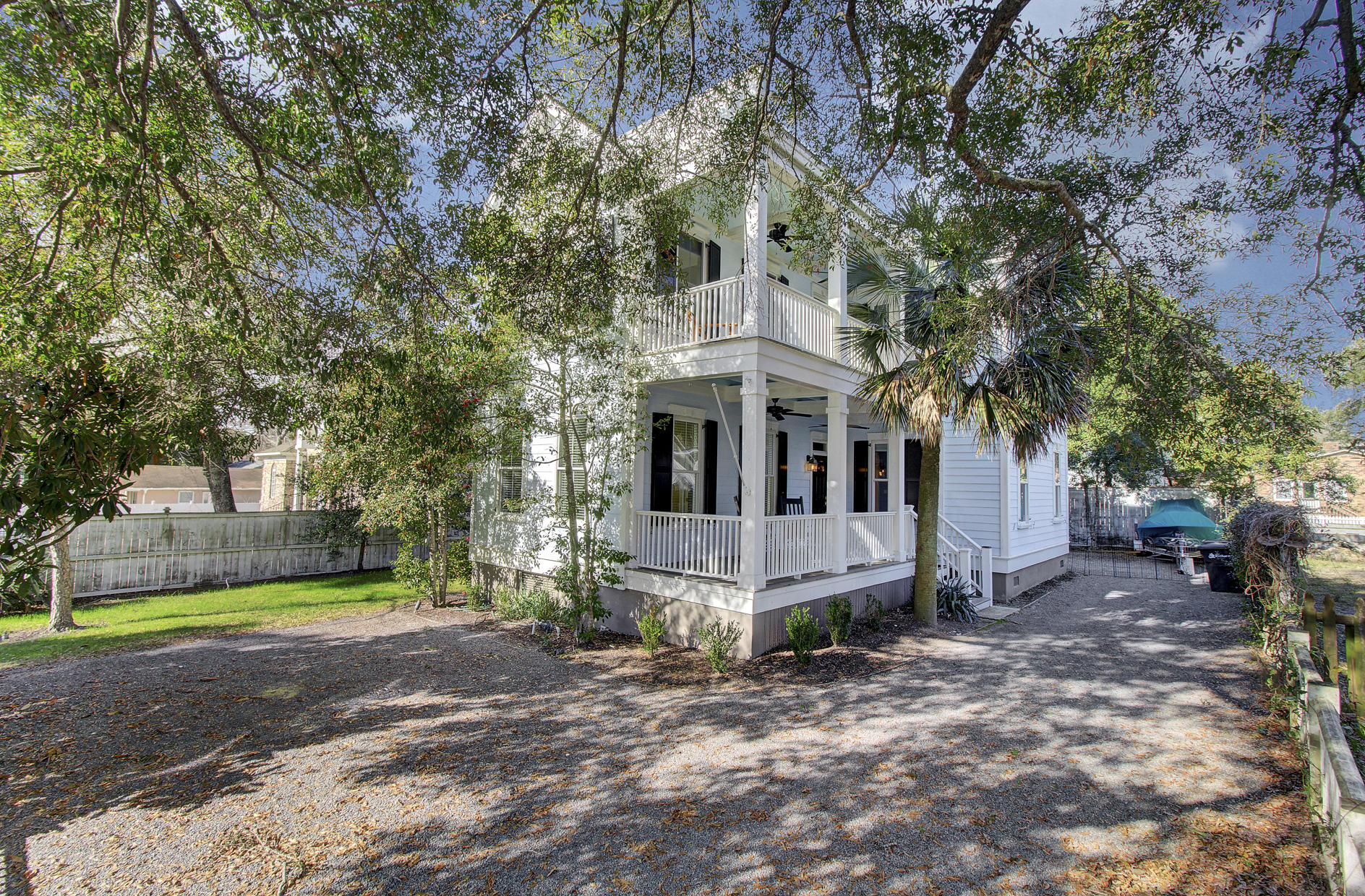 514 Ferry Street Mount Pleasant, SC 29464
