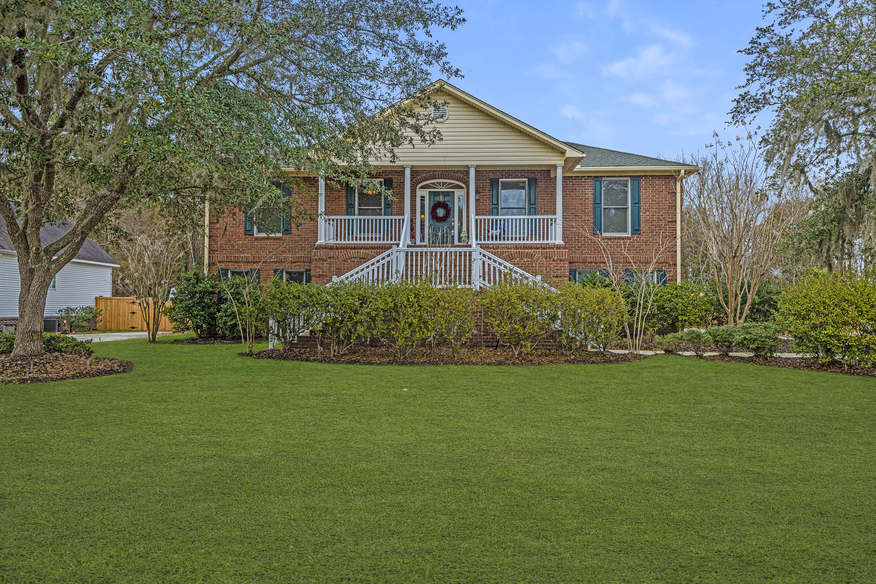 219 Burnham Court Charleston, SC 29414