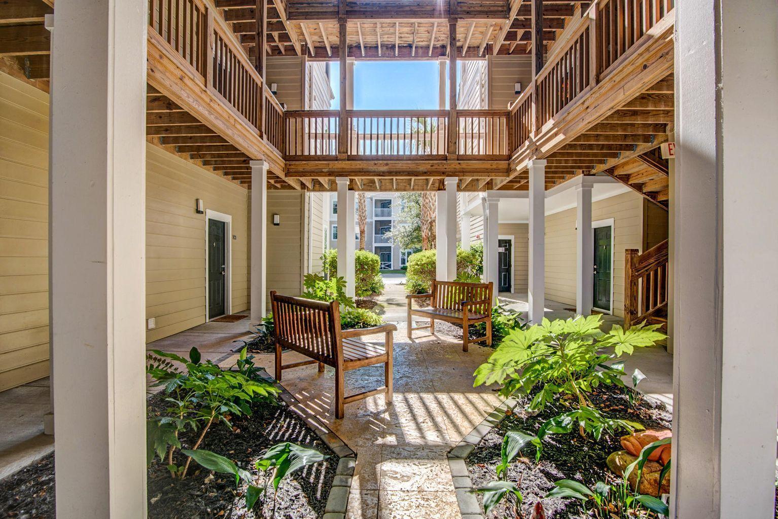 1821 Egret Crest Lane Charleston, SC 29414