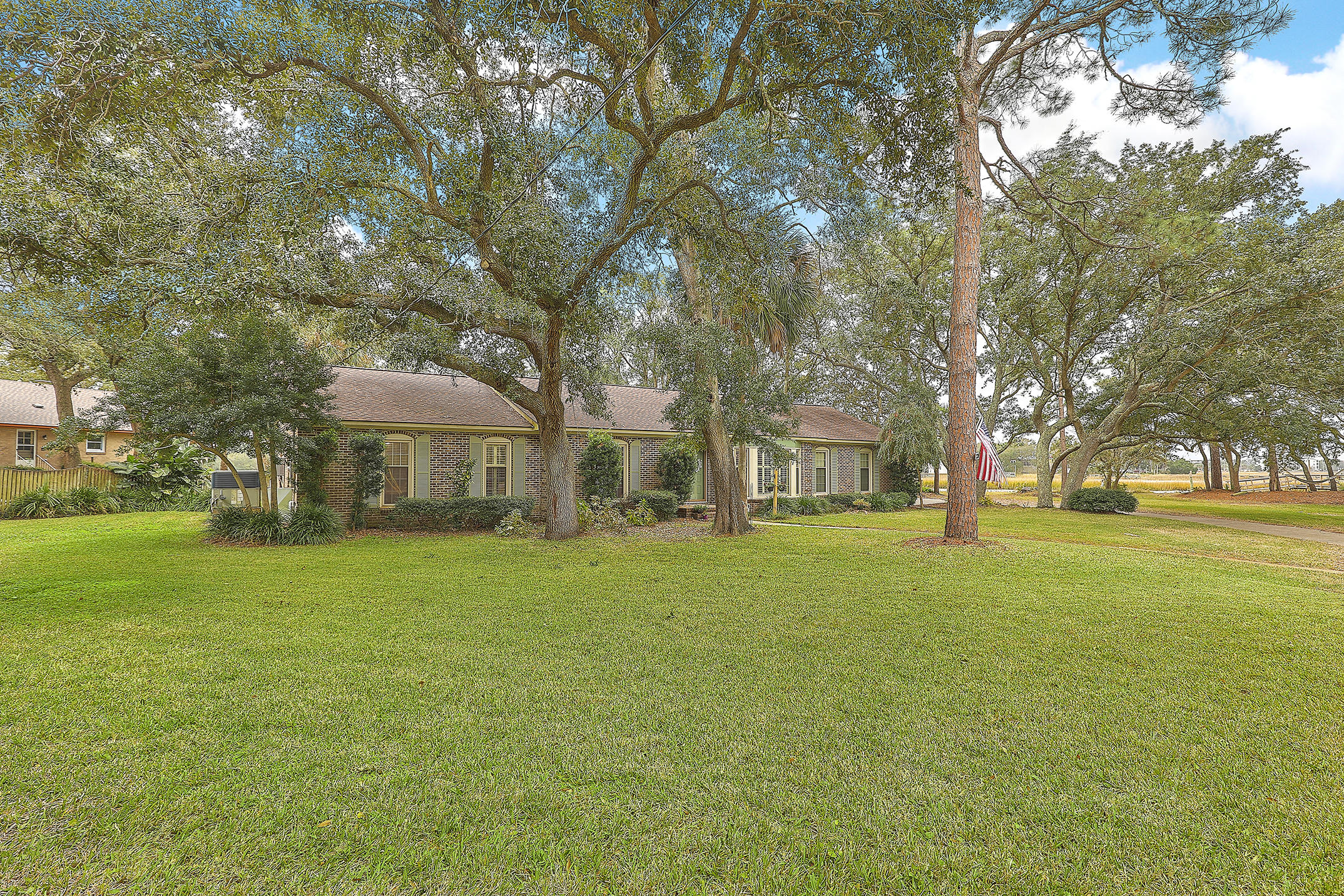 2320 Bluefish Circle James Island, SC 29412