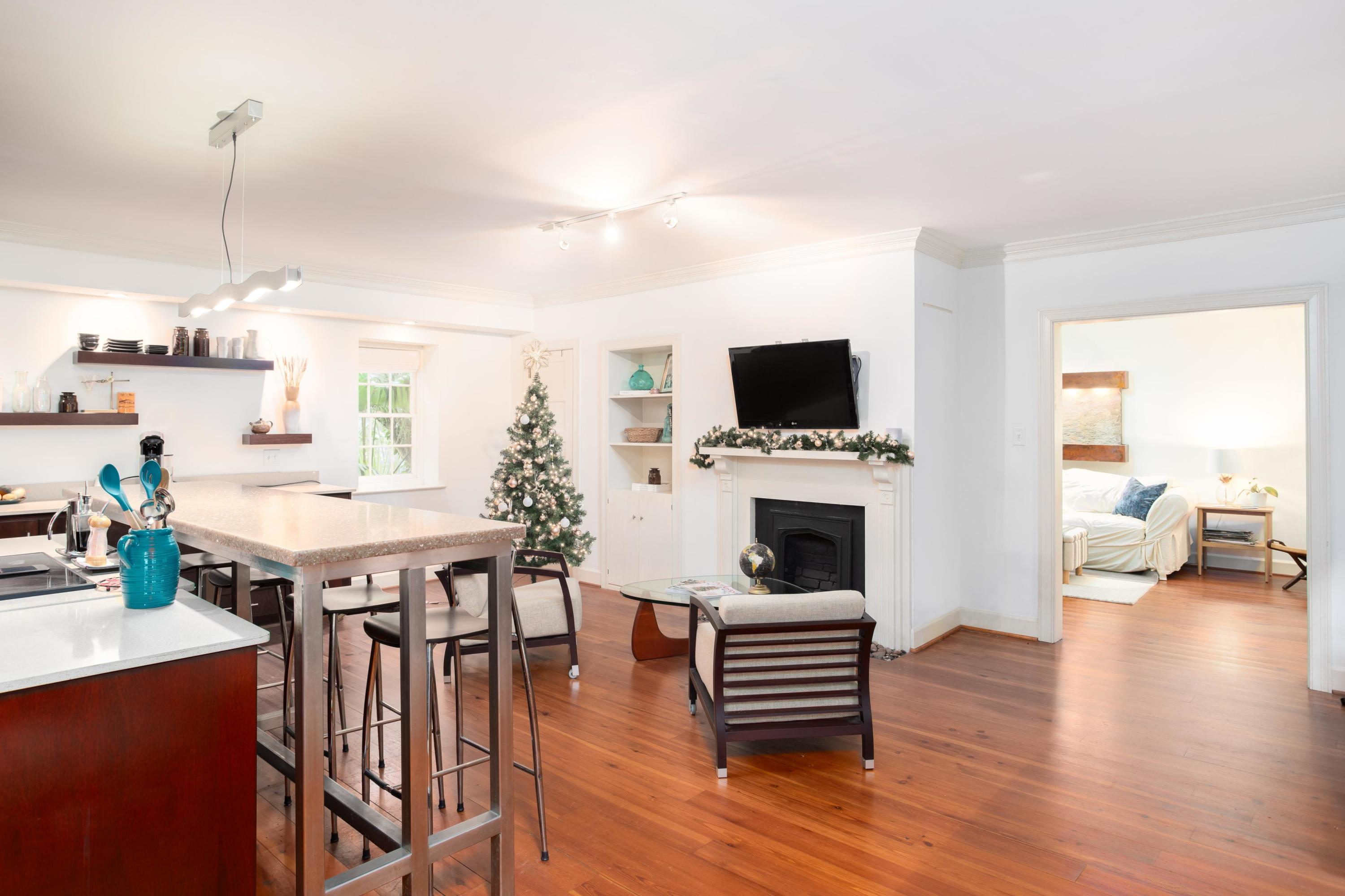 South of Broad Homes For Sale - 53 Bay, Charleston, SC - 7
