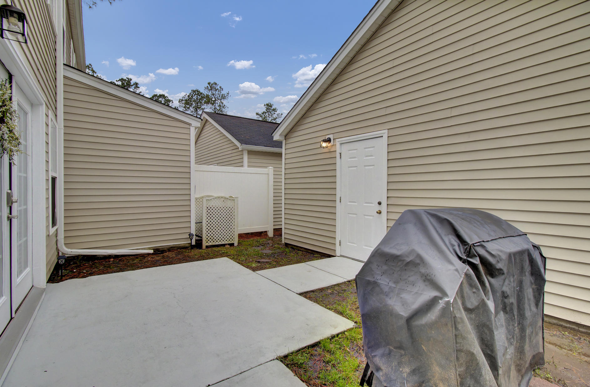 9103 Maple Grove Drive Summerville, SC 29485