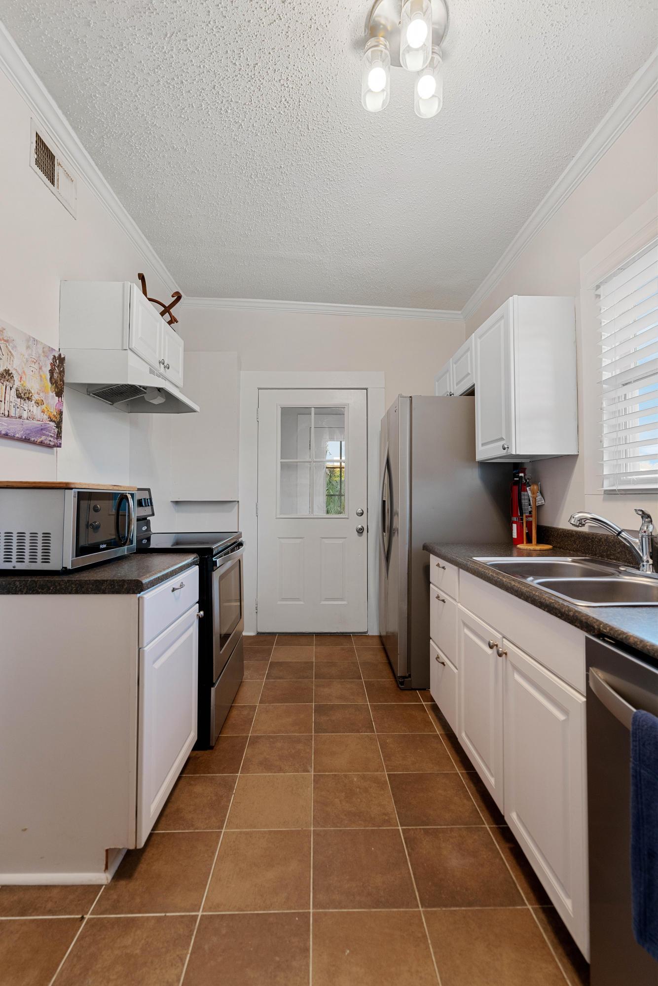 North Central Homes For Sale - 628 Rutledge, Charleston, SC - 3
